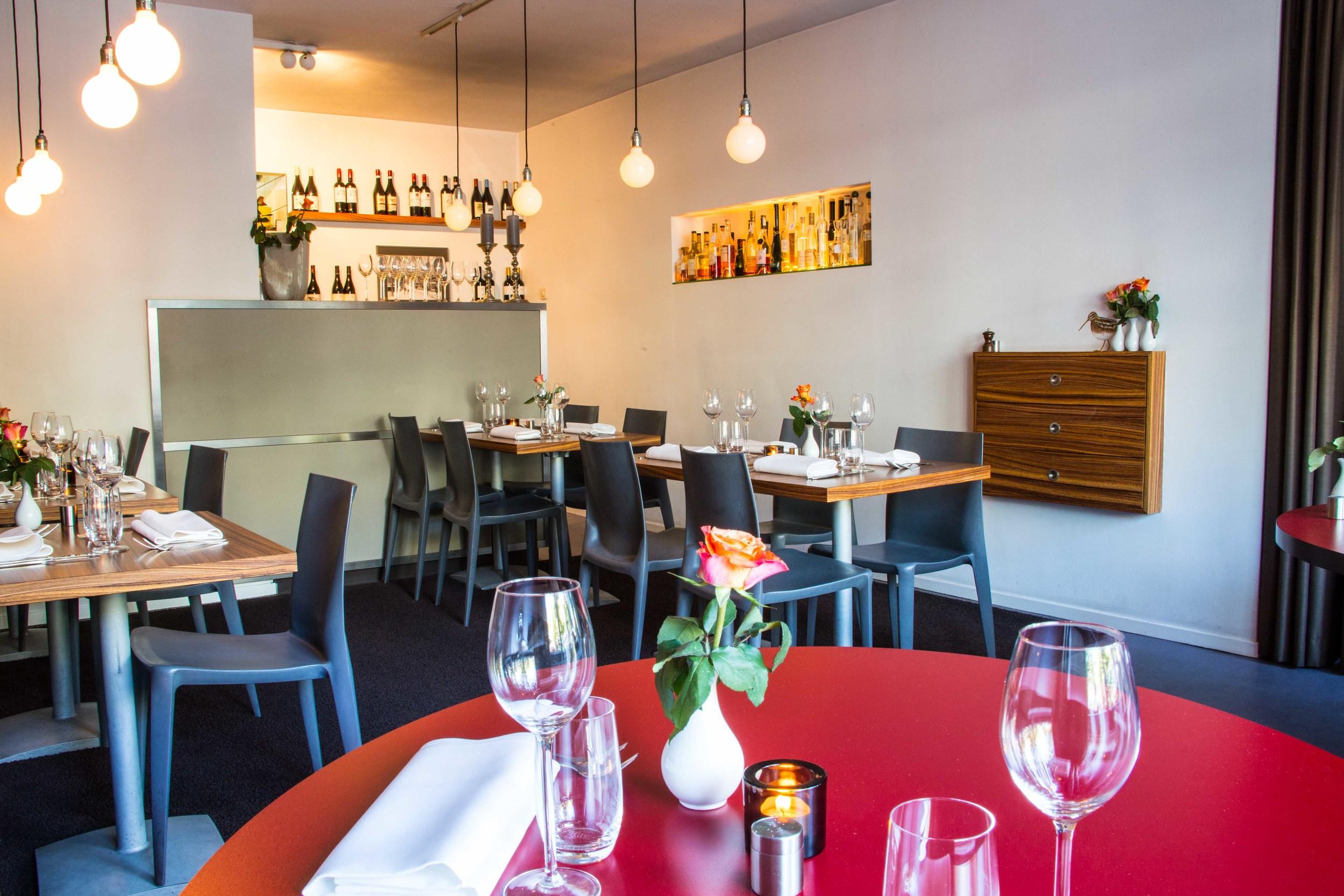 Restaurant Den Haag Centrum Scheveningen Gezellig Lekker Scheveningenlekker Restaurant In Het Centrum Restaurant Basaal Zoek Jij Restaurant Tips In Den Haag Of Scheveningen