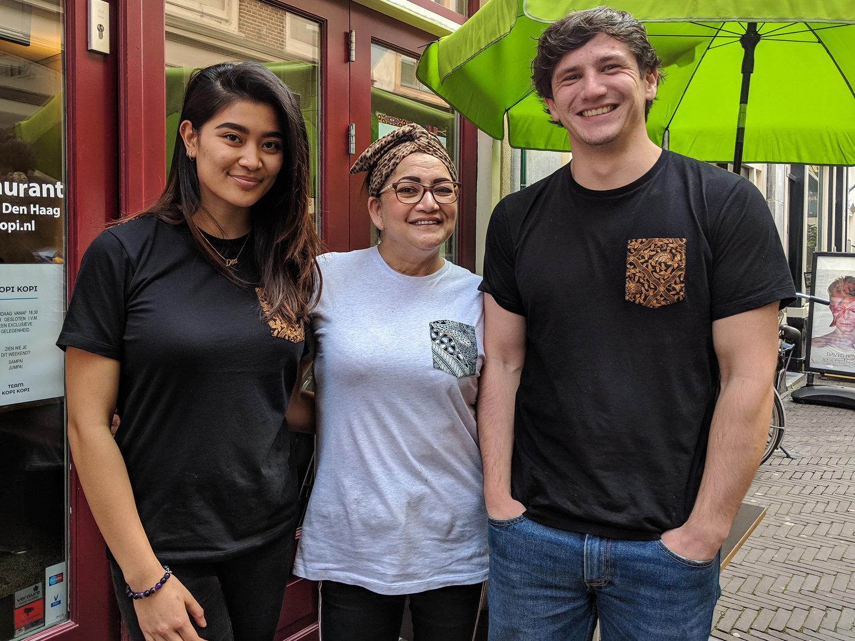 Dea, Debby & Maurits.  Foto:  Kopi Kopi