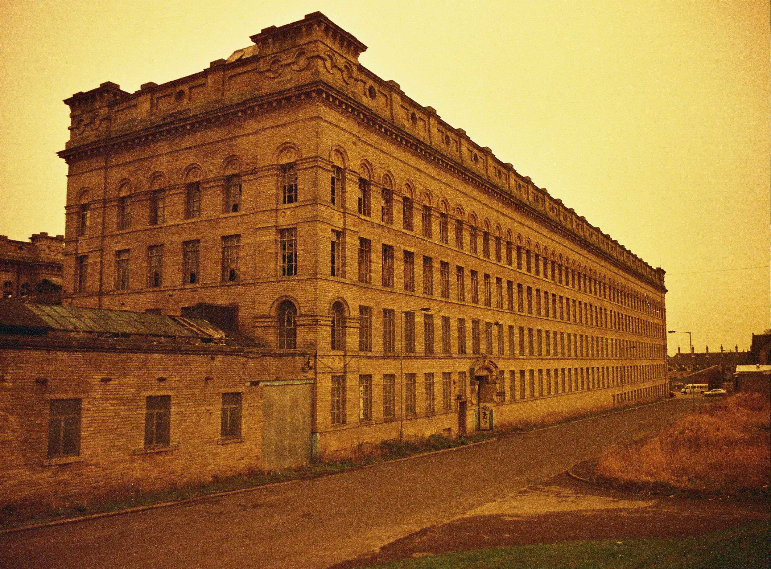 Lister Mills 2003 - sepia