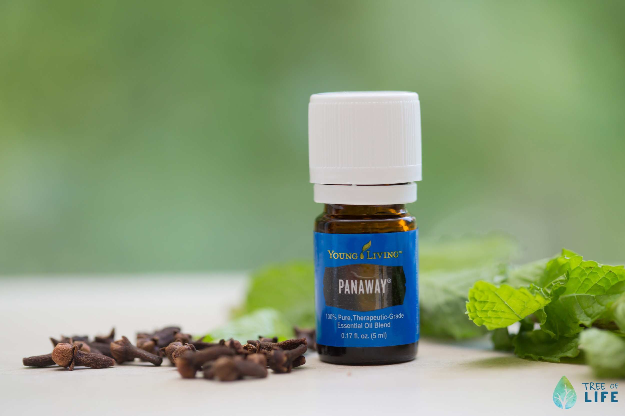 """Think """"Pain Away"""" when you see PanAway. This mix of Wintergreen, Helichrysum, Clove & Peppermint helps soothe minor muscle aches and head tension."""
