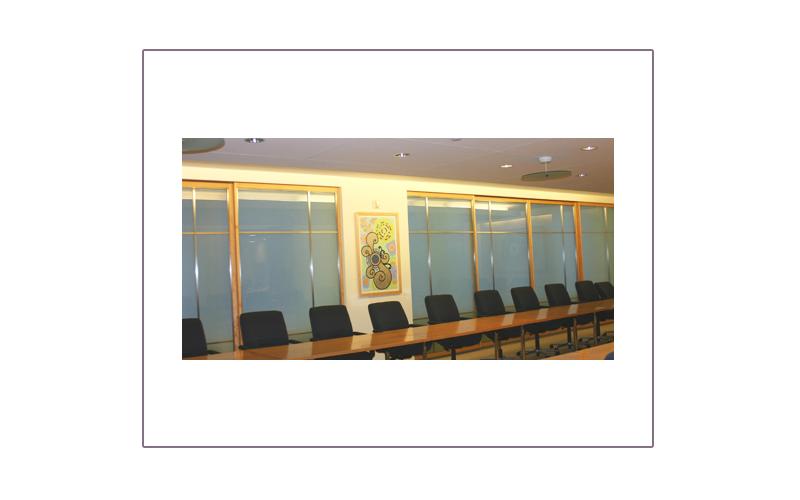picture_boardroom.jpg