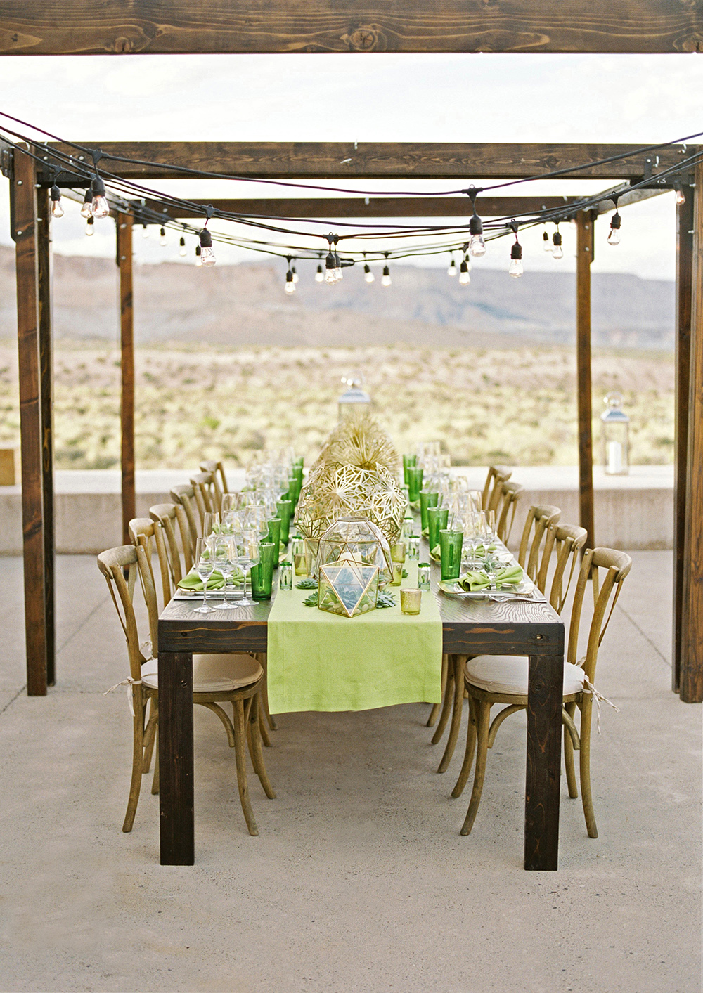 Desert dinner table
