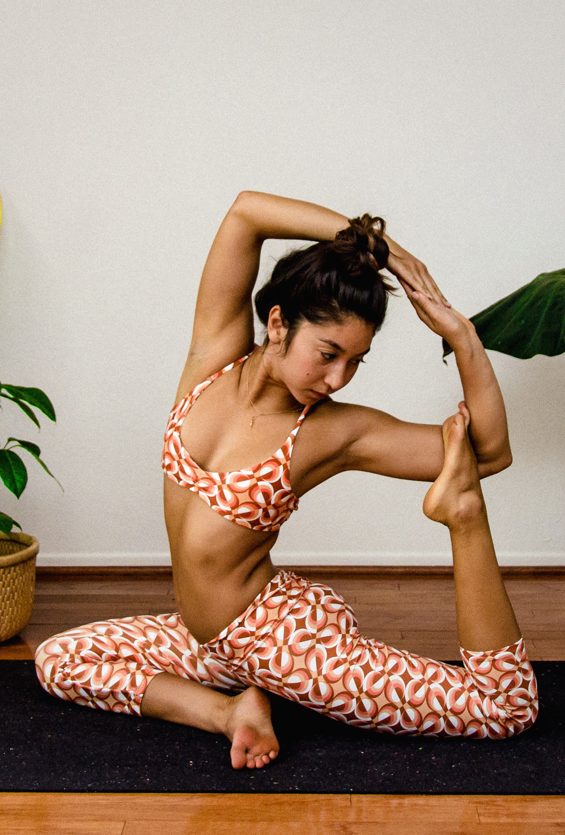 Santa Barbara Yoga Photographer Miranda Kelton Laura Goe Psychedelic Honey-69.jpg