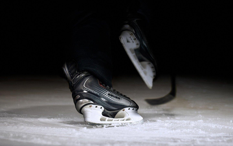 6868693-ice-hockey-wallpaper.jpg