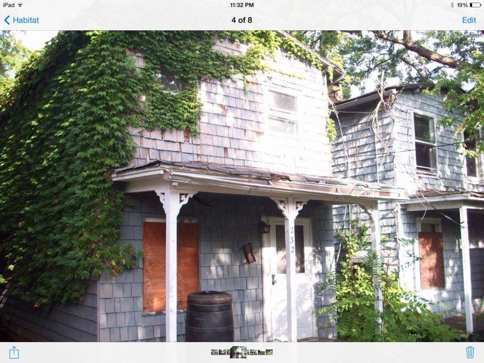 shacks.jpg