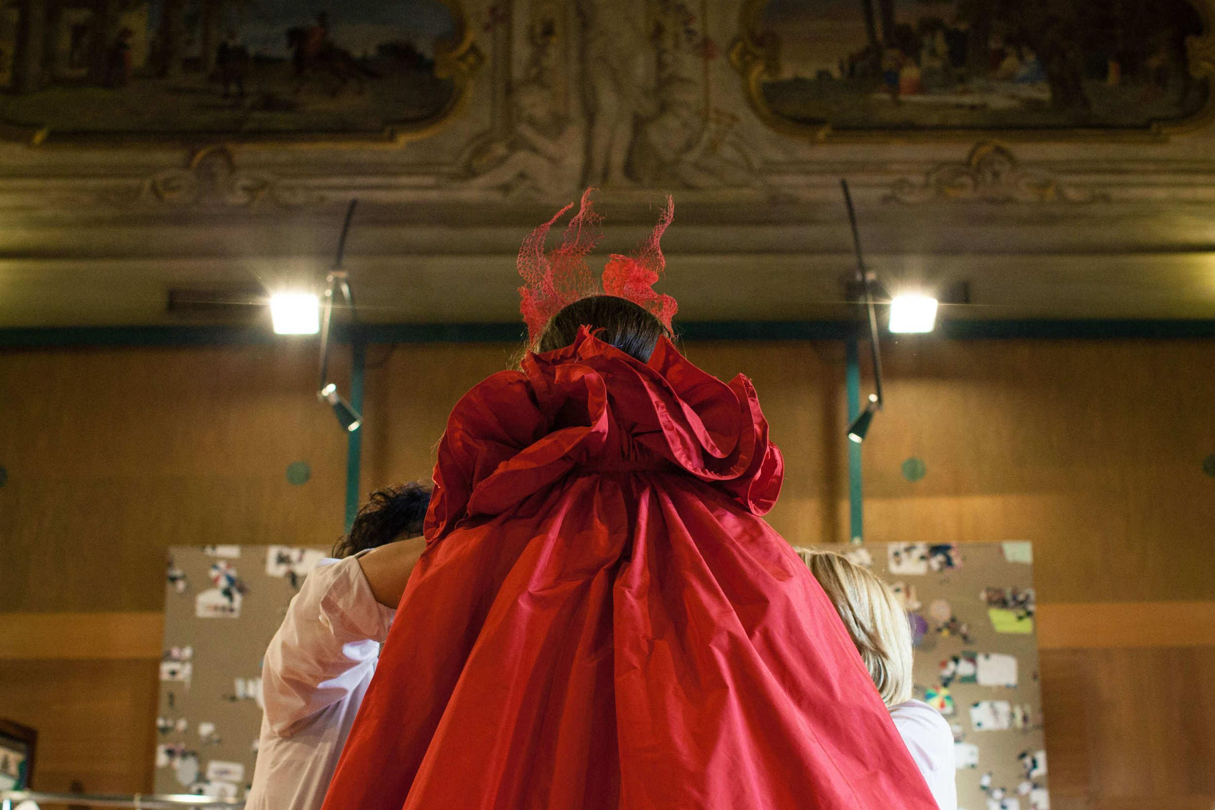 la-traviata-valentino-006.jpg
