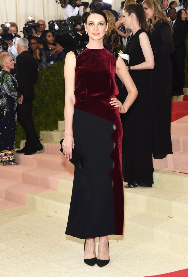 Caitriona Balfe in Roland Mouret AW16