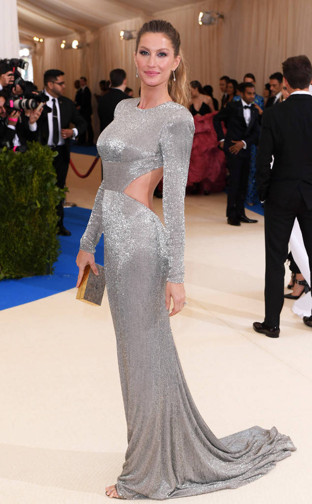 Gisele Bundchen in Stella McCartney