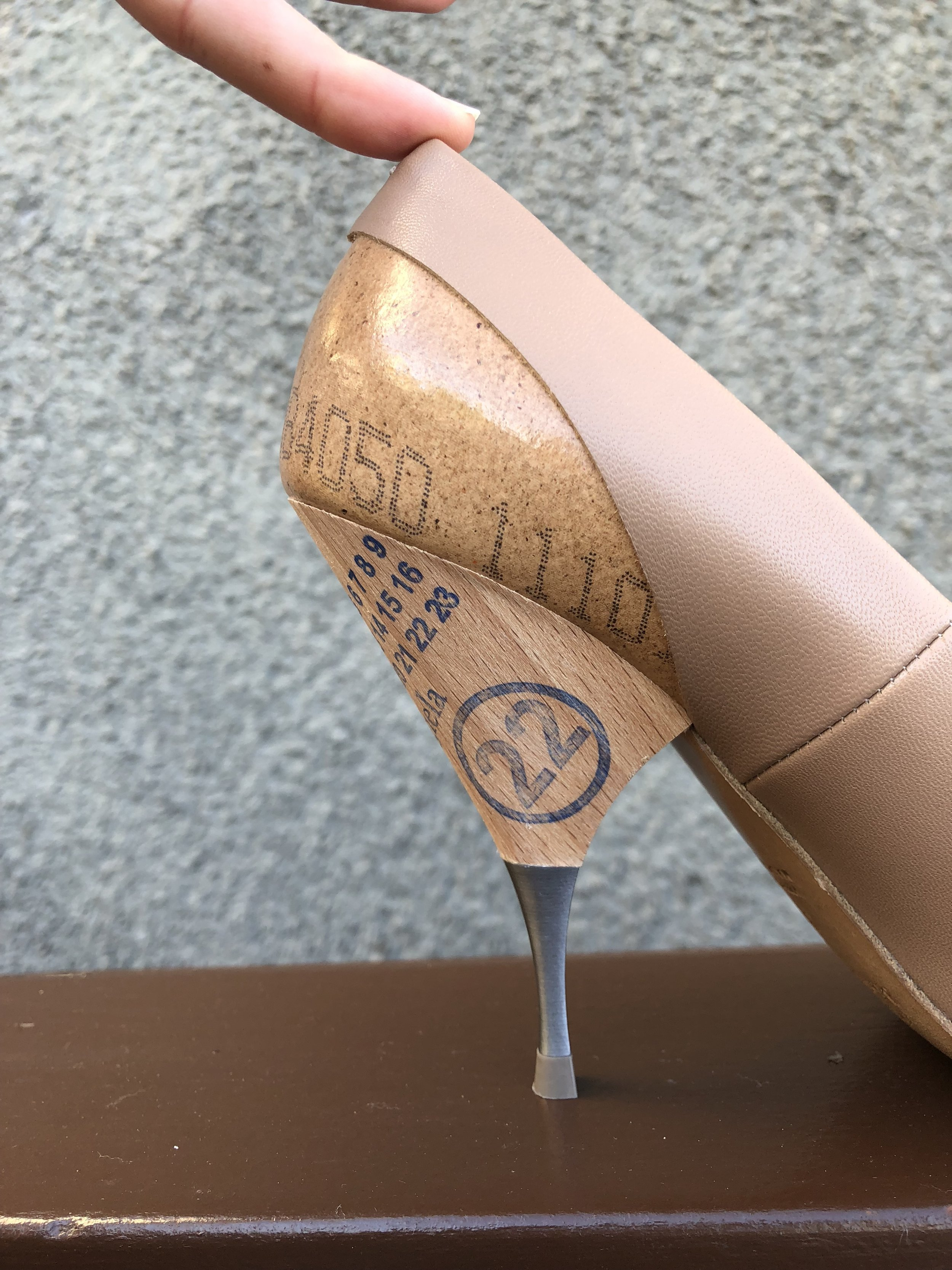 Those ain't your average nude heel. Margiela does it again!