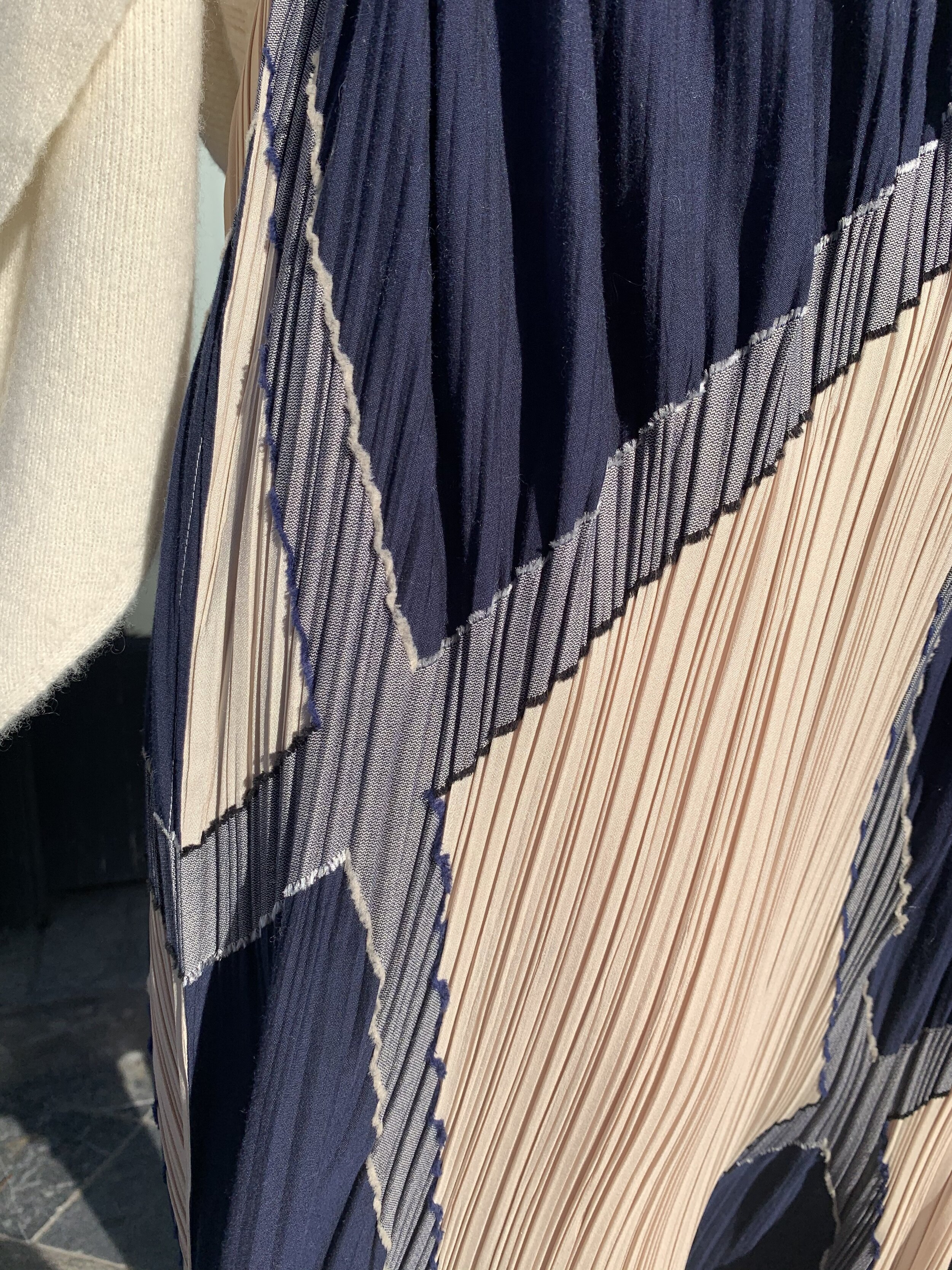 Detail of that Issey skirt.
