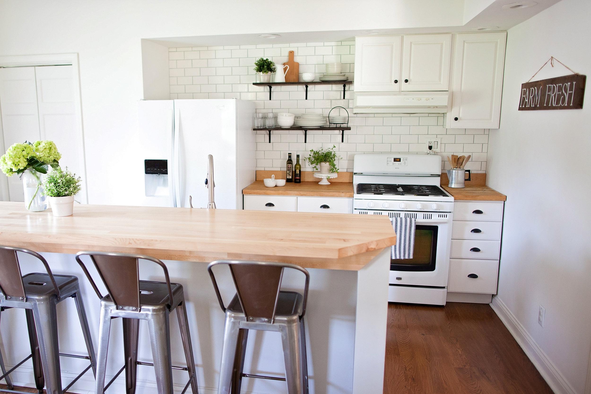Farmhouse Kitchen- Laura Design Co.