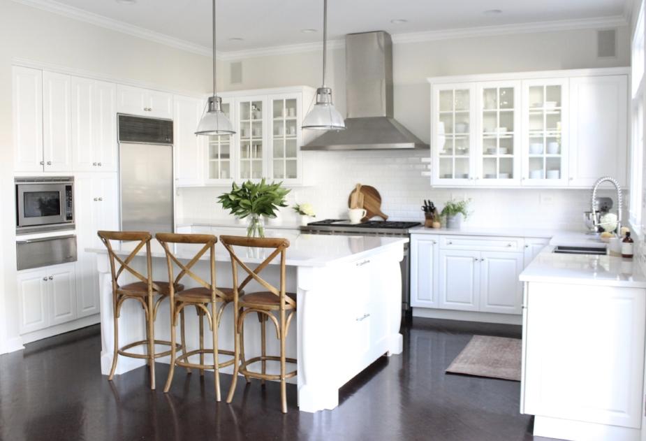Classic White Kitchen- Laura Design Co., Chicago Interior Design
