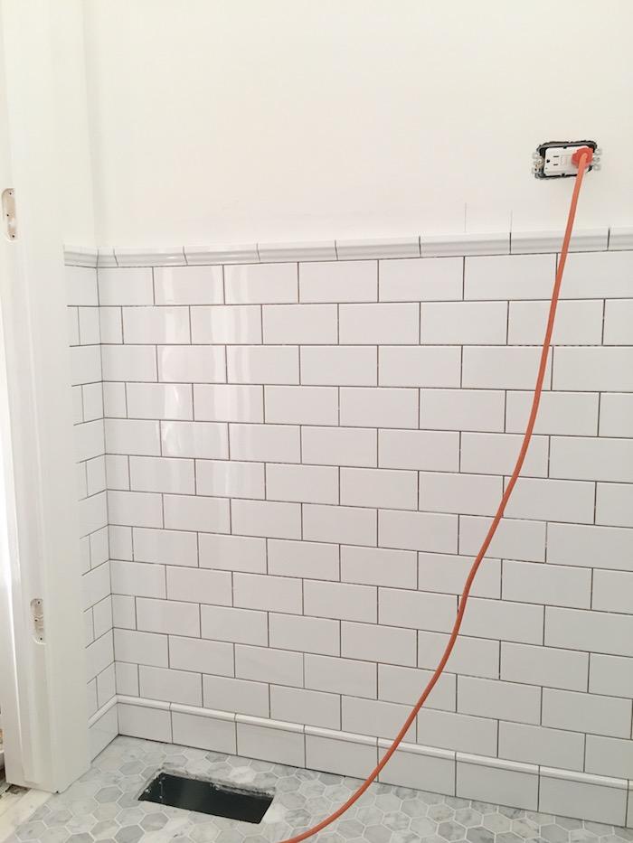 http://lauradesignco.com/blog/2017/10/26/one-room-challenge-fall-2017-powder-room-week-4