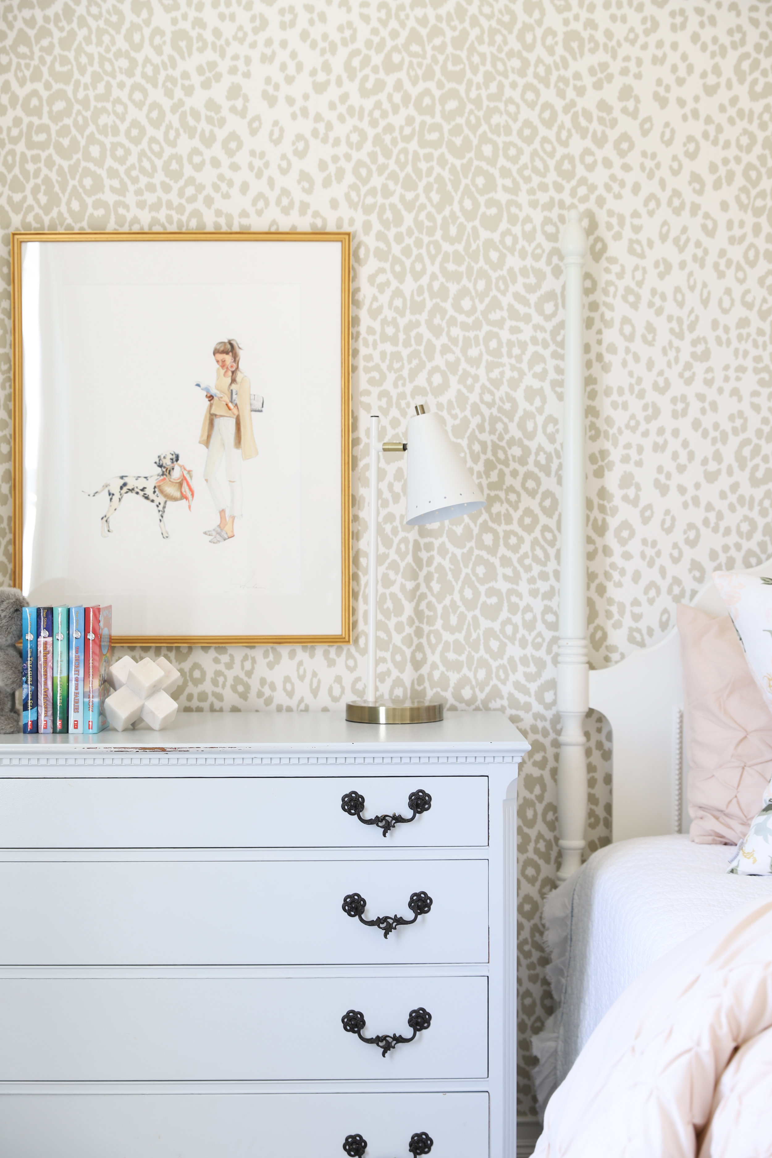 Artwork by Inslee Farris- Tween Girls Bedroom Design by Laura Design Co., Photo by Emily Kennedy