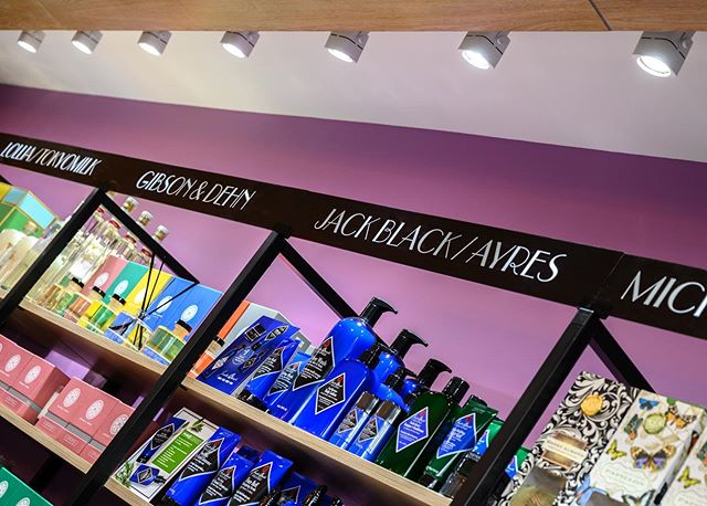 Don't forget to read about our design process for @uppereastchemists featured on @retaildesignblog !!! Link in Bio! Bespoke signage that properly reflects the store's brand is the final touch for any type of retail location, and if done right, it elevates the interior design to another level. Detail shots by @haphotography.nyc #uppereastchemists #thedevilisinthedetail #nycretaildesign #pharmacyinteriordesign #brandingdesign #signagedesign #bespokesignage #studiobigny