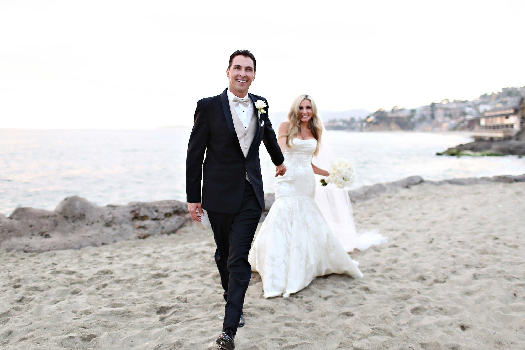 Laguna Beach Montage wedding Glenn and Michelle-Carats and cake resize-0013.jpg