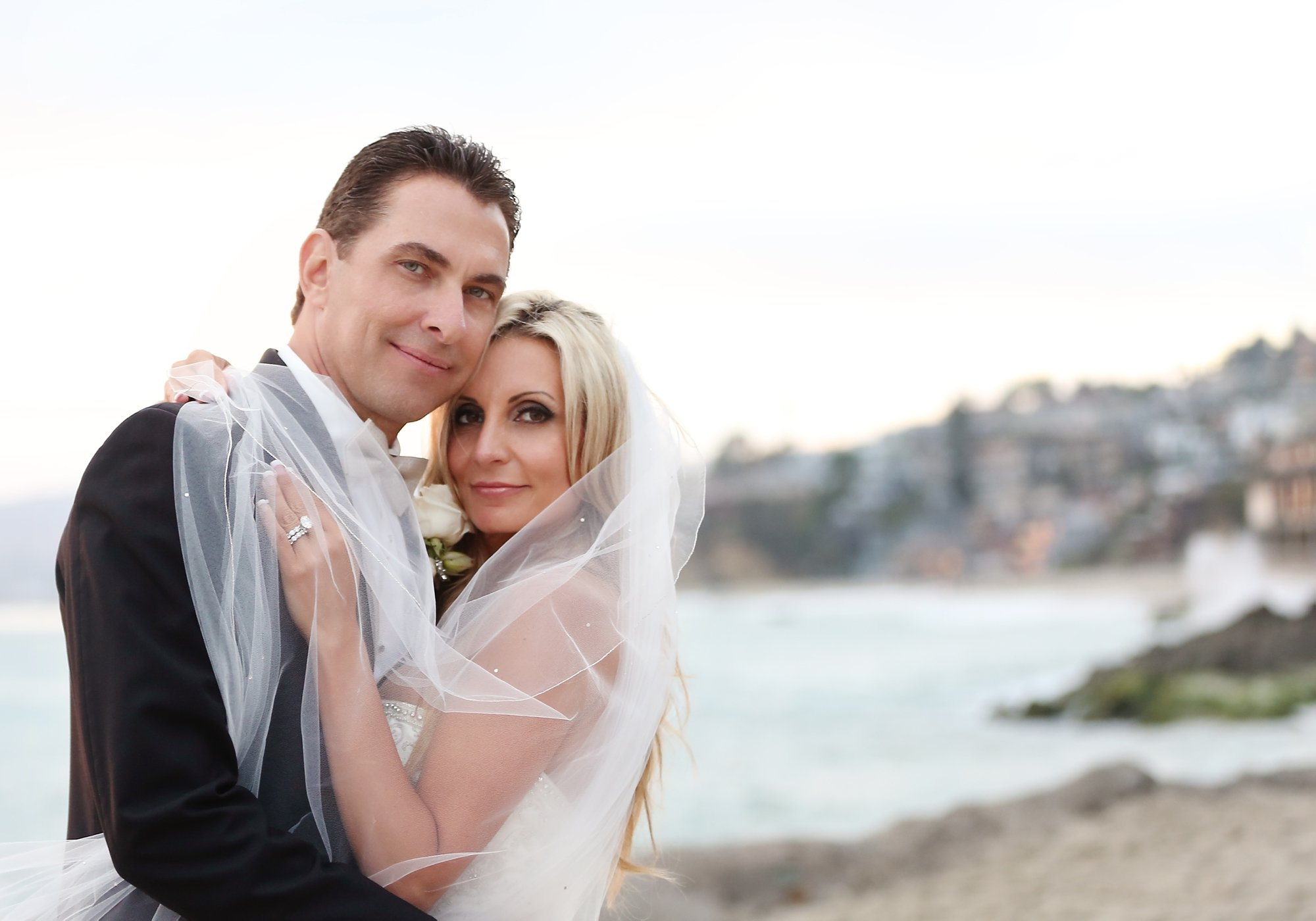 Laguna Beach Montage wedding Glenn and Michelle-Carats and cake resize-0024.jpg