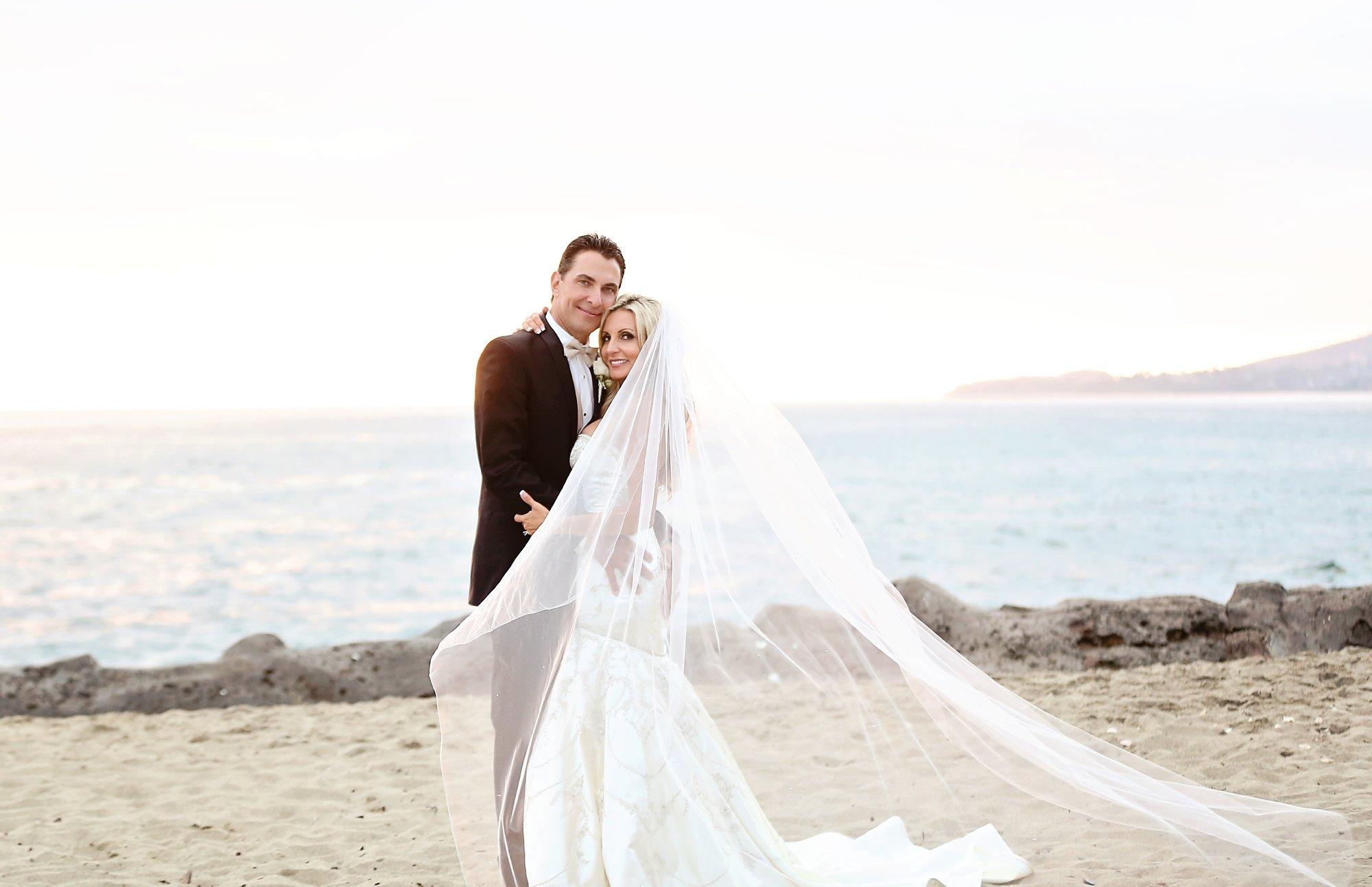 Laguna Beach Montage wedding Glenn and Michelle-Carats and cake resize-0030.jpg