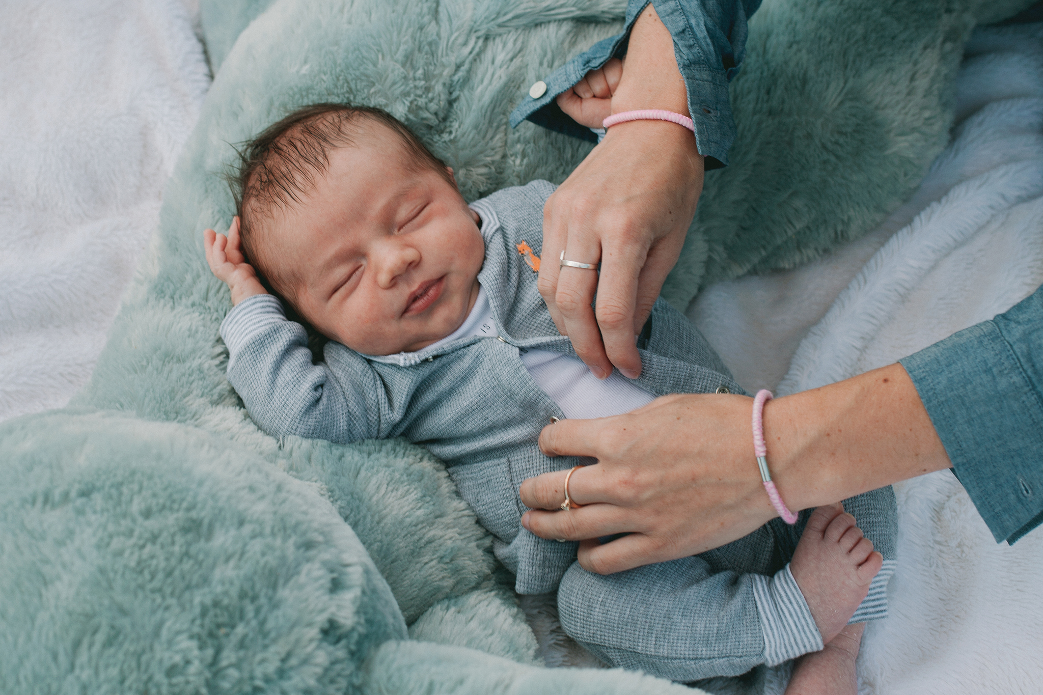 newborn photography vermont web.jpg
