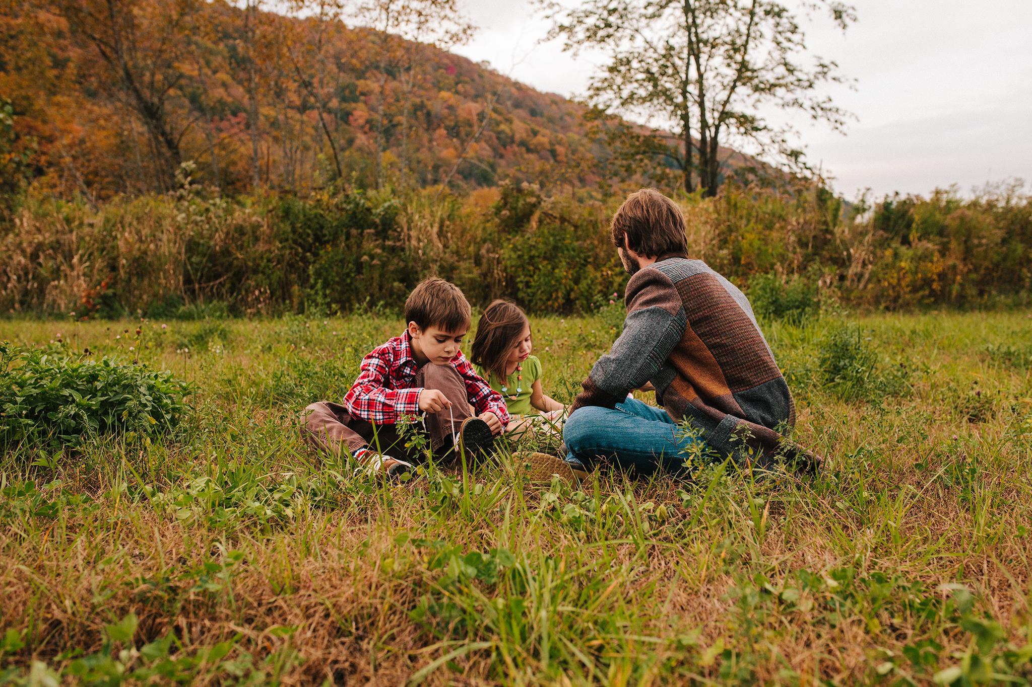 vermont fall family portraits-8.jpg