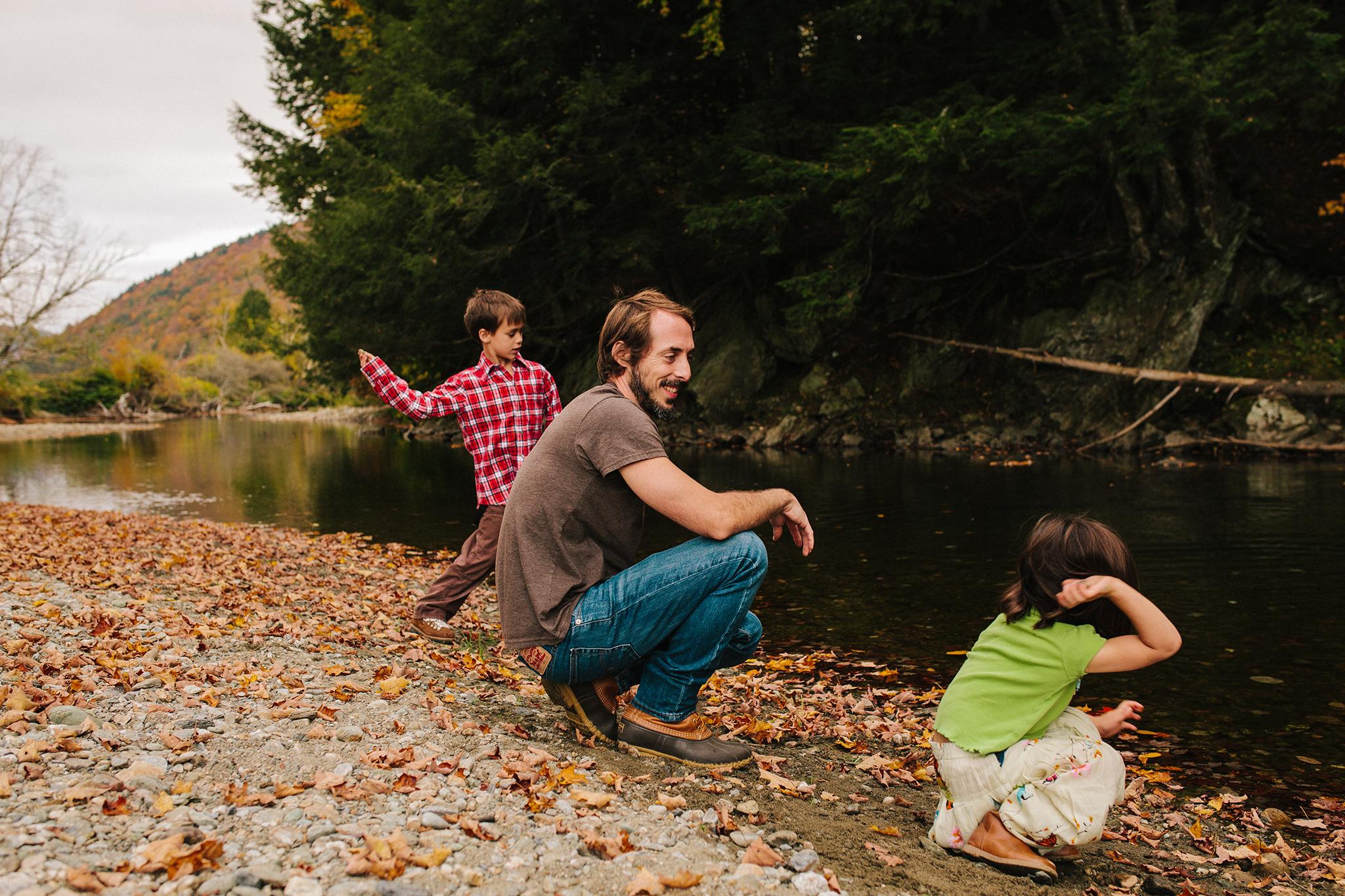 vermont fall family portraits-21.jpg
