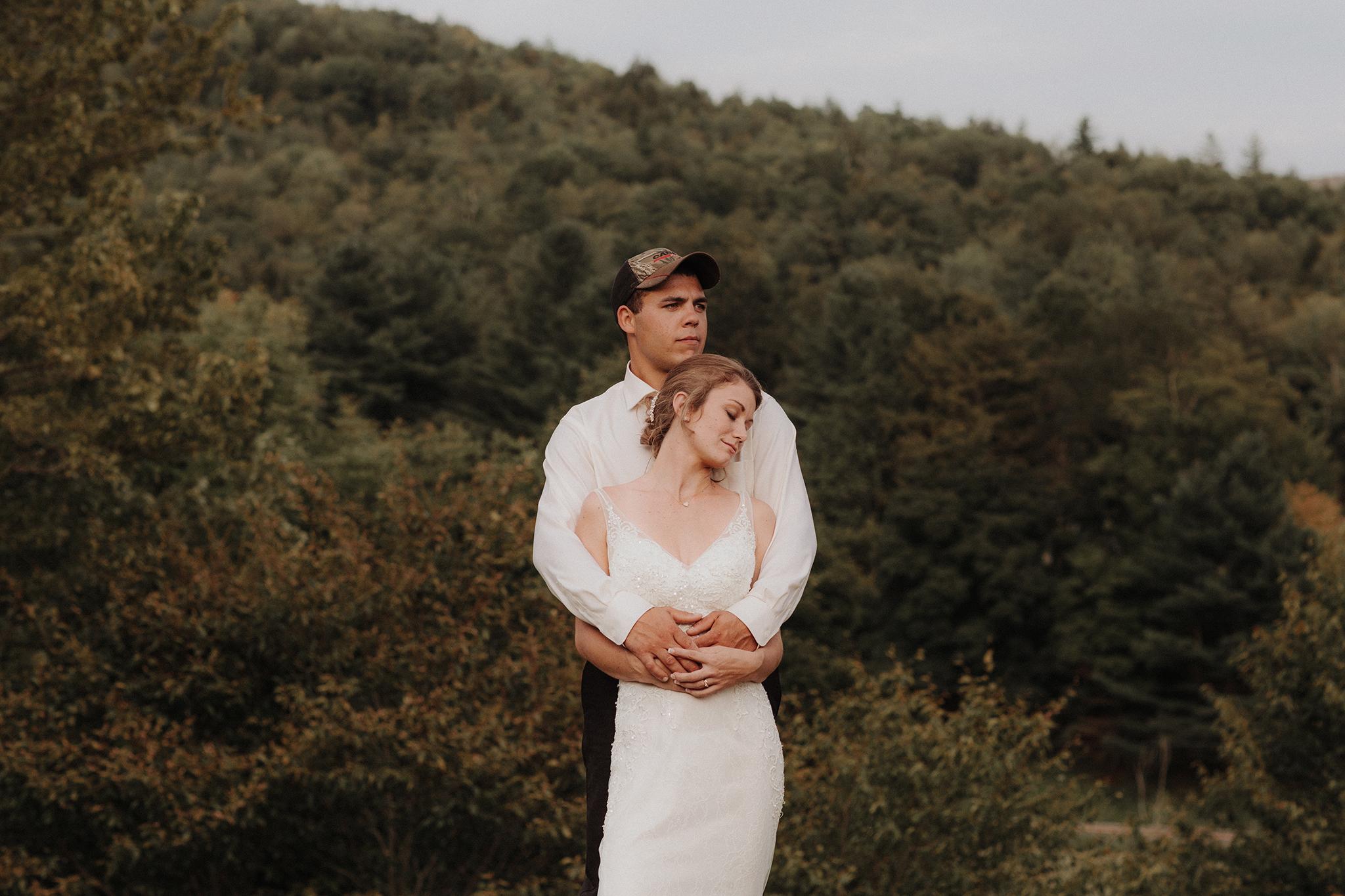 vermont-wedding-photographer-outdoor-farm-wedding-67.jpg