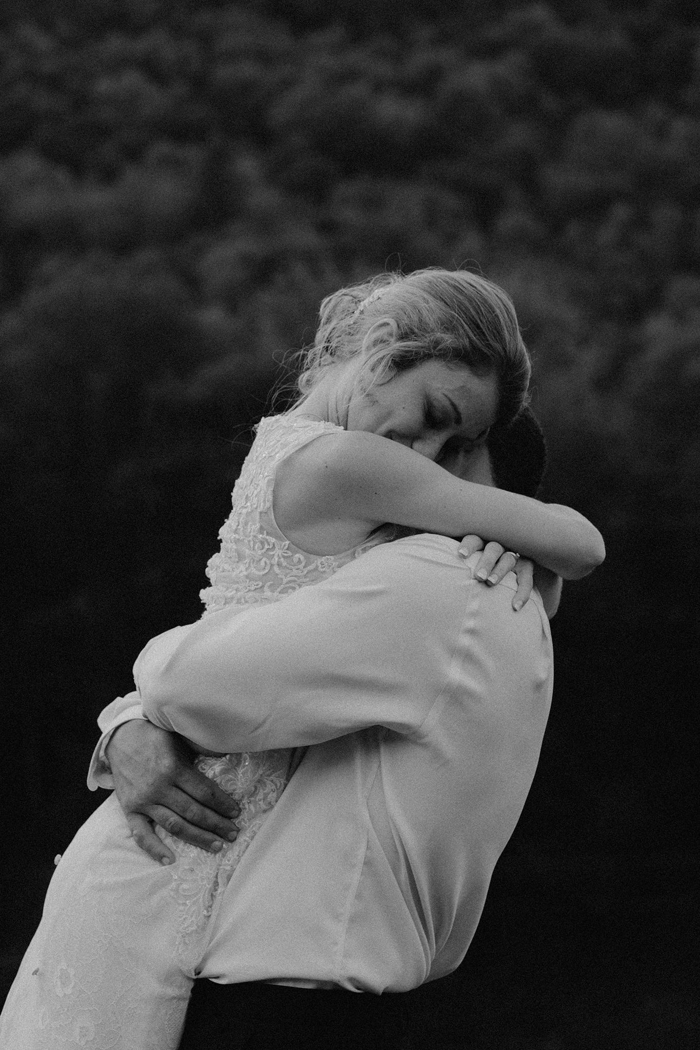 vermont-wedding-photographer-outdoor-farm-wedding-75.jpg