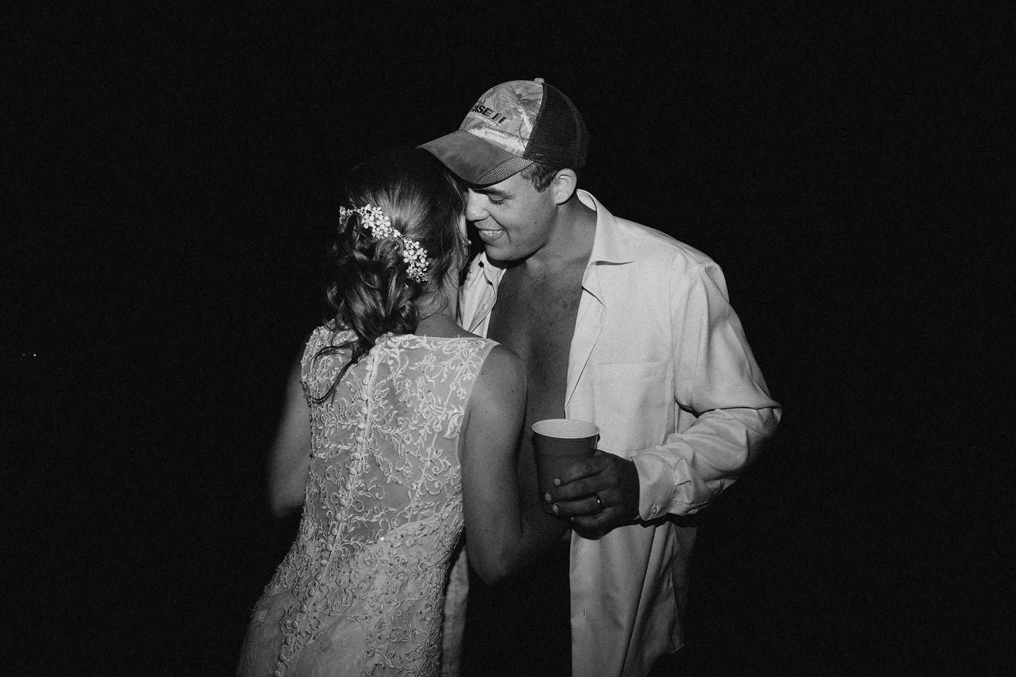 vermont-wedding-photographer-outdoor-farm-wedding-90.jpg