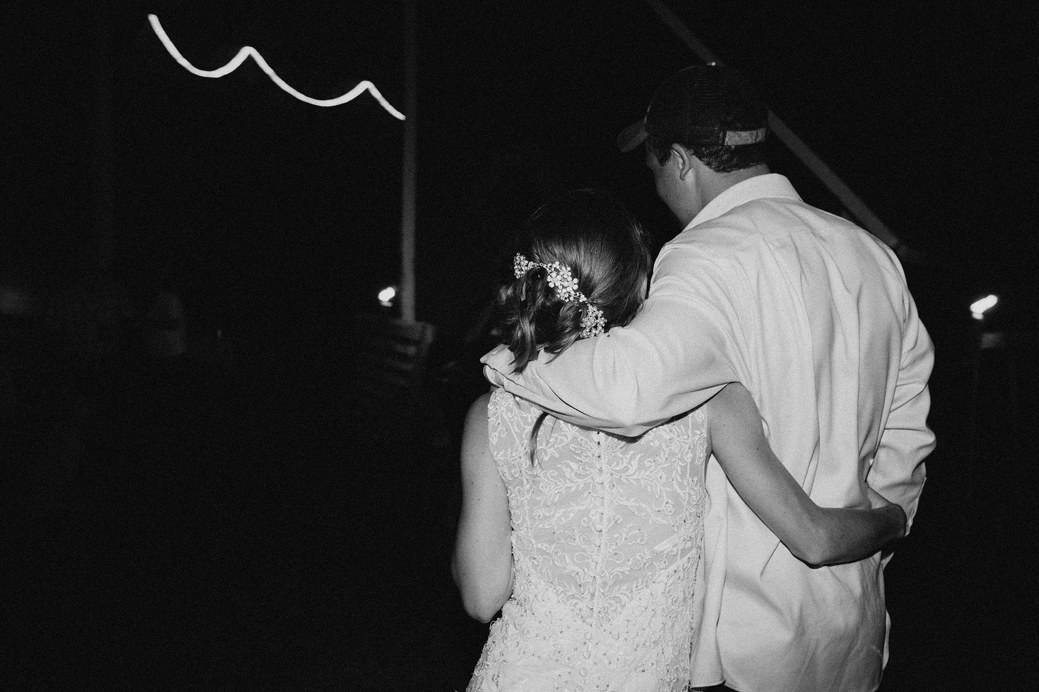 vermont-wedding-photographer-outdoor-farm-wedding-101.jpg