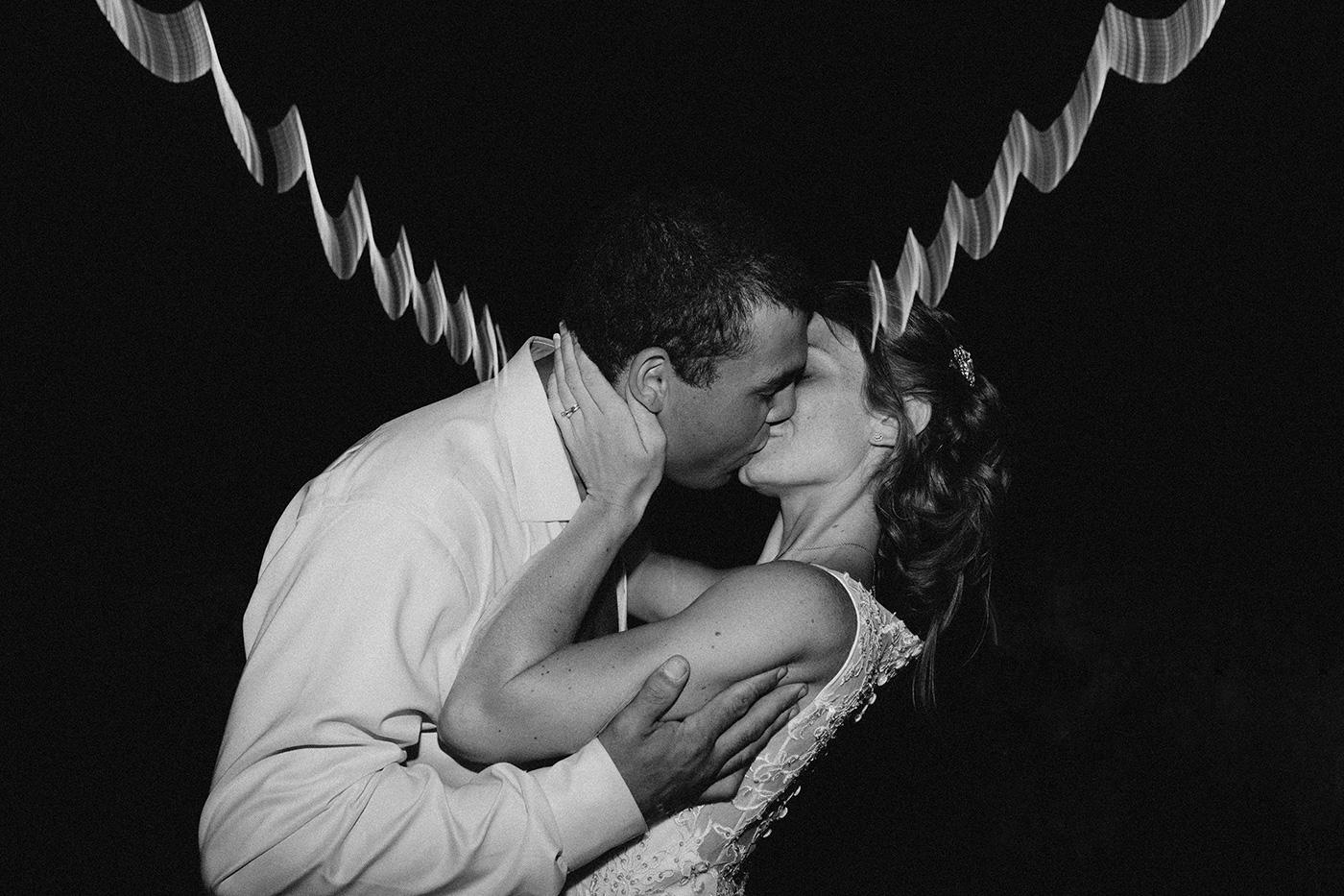 vermont-wedding-photographer-outdoor-farm-wedding-kiss.jpg
