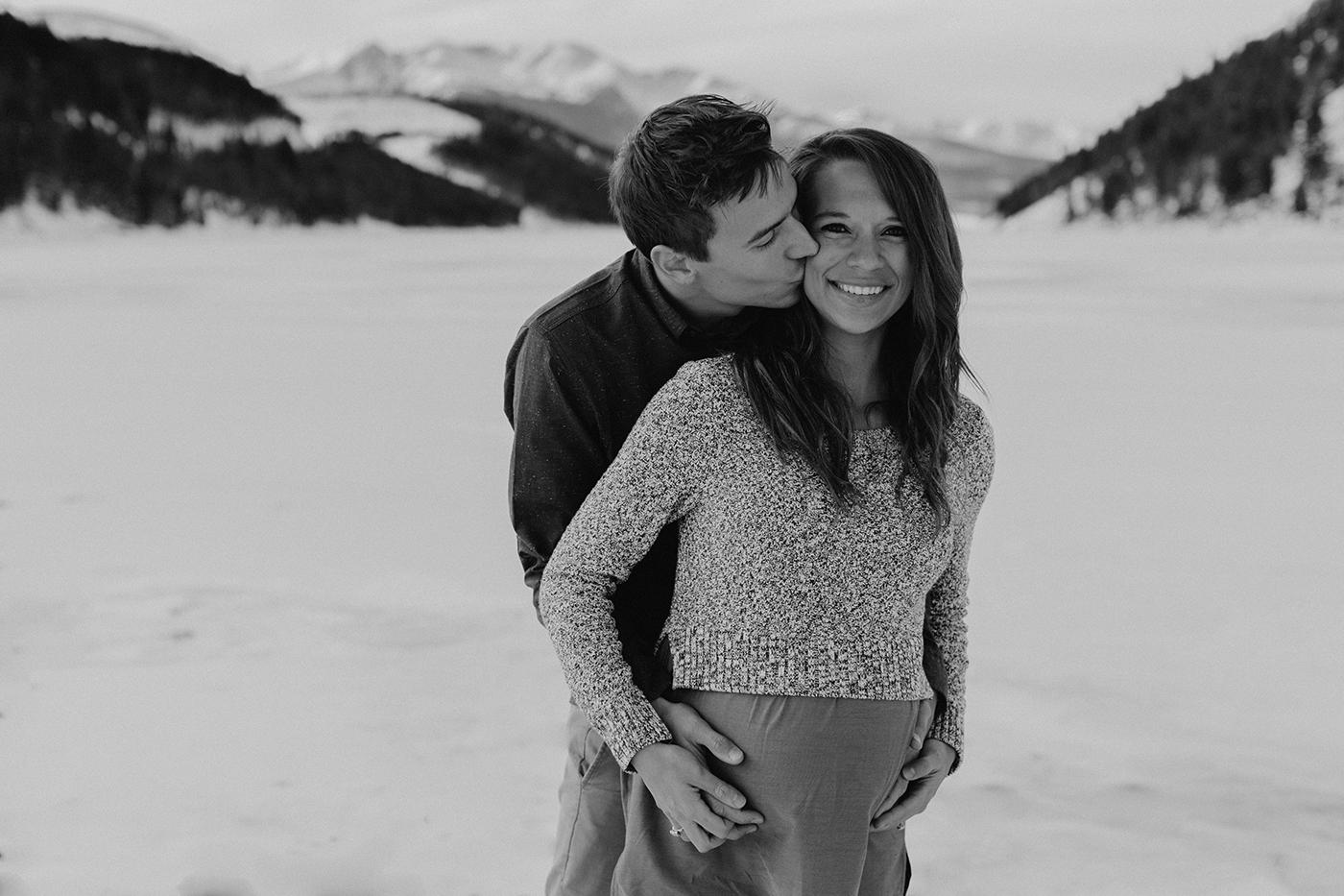 lake-dillon-colorado-couple-maternity-photos-13.jpg