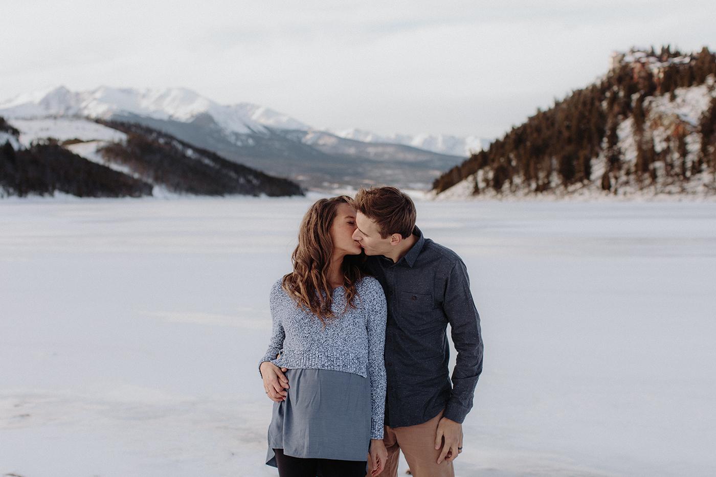 lake-dillon-colorado-couple-maternity-photos-17.jpg