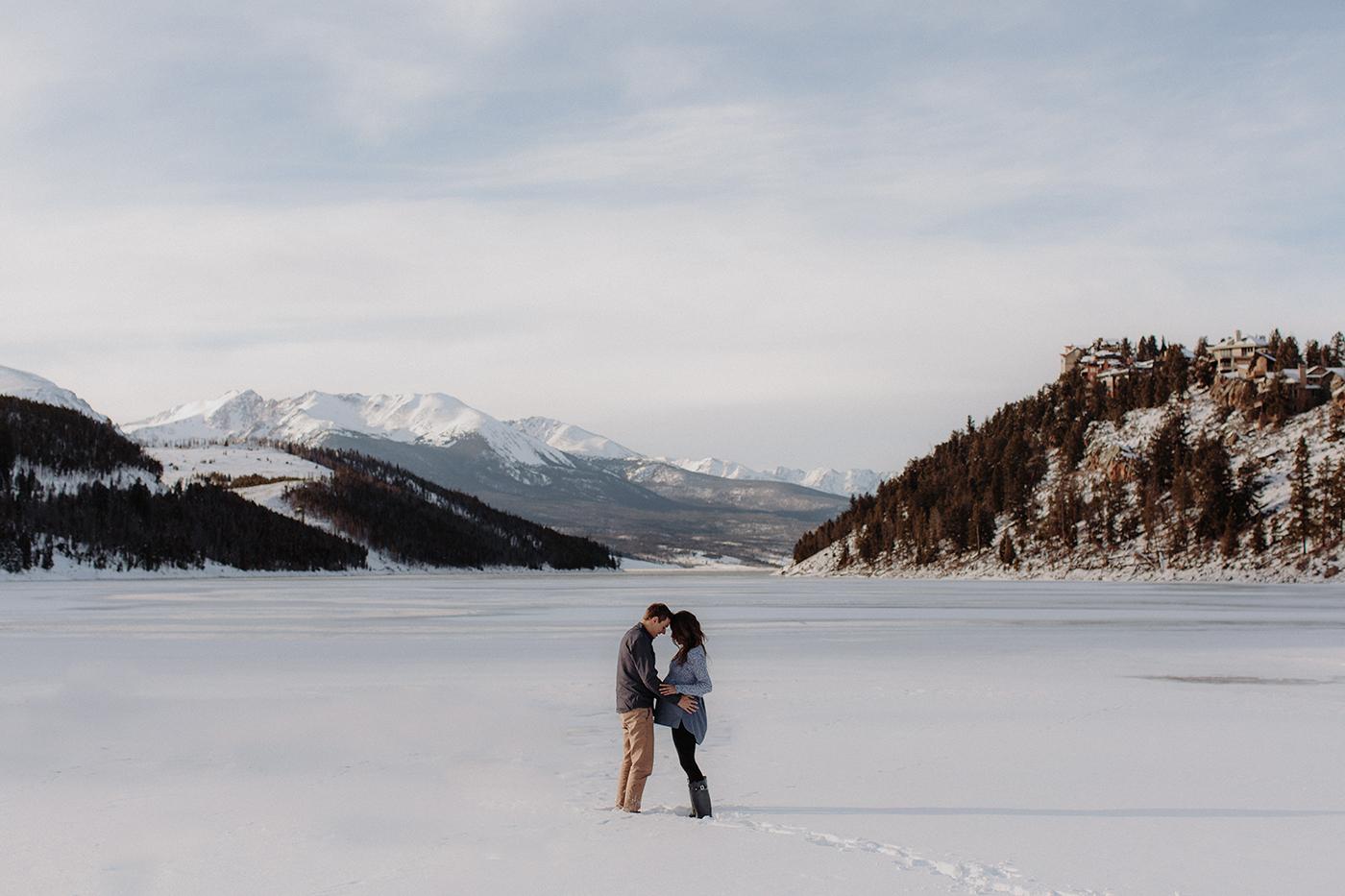 lake-dillon-colorado-couple-maternity-photos-21.jpg