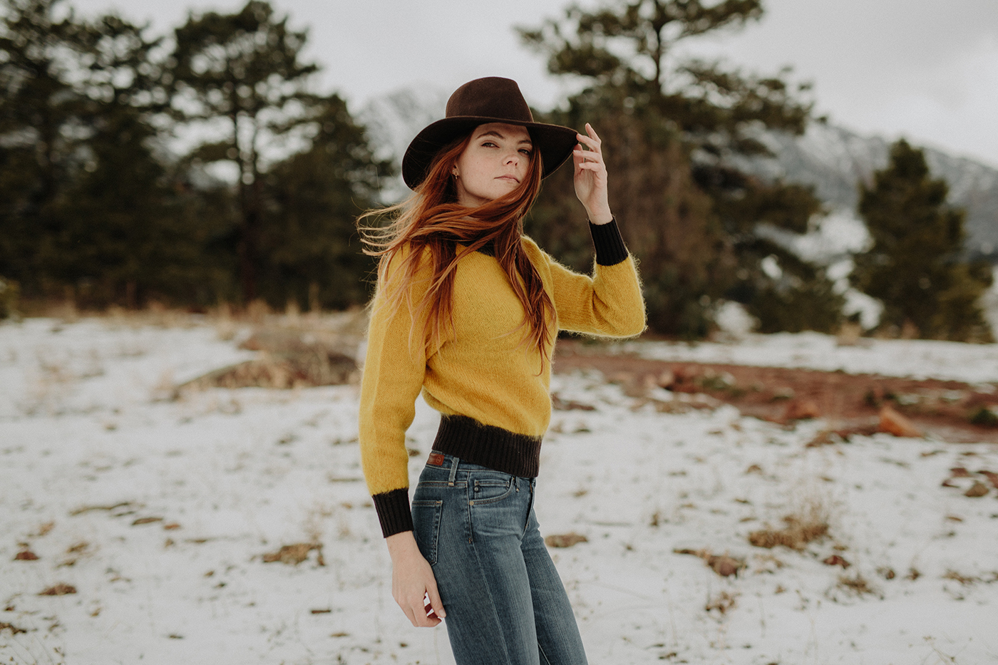 boulder-colorado-winter-snowy-trail-portrait-photographer-00005.jpg