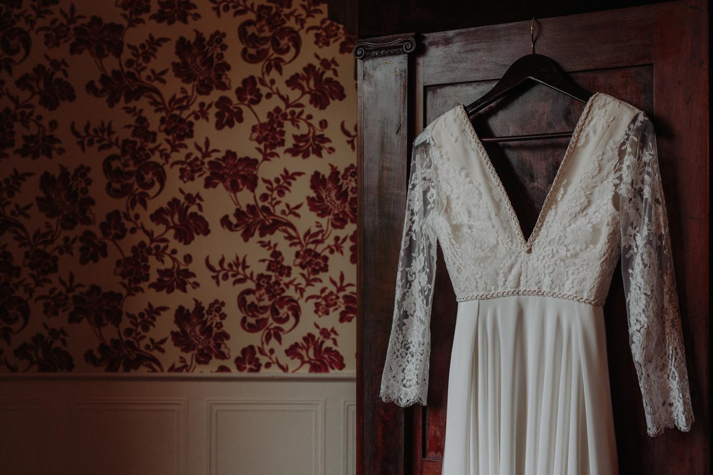 Erin-Mike-Intimate-Vintage-Wedding-Shelburne-Farms-Vermont -40.jpg