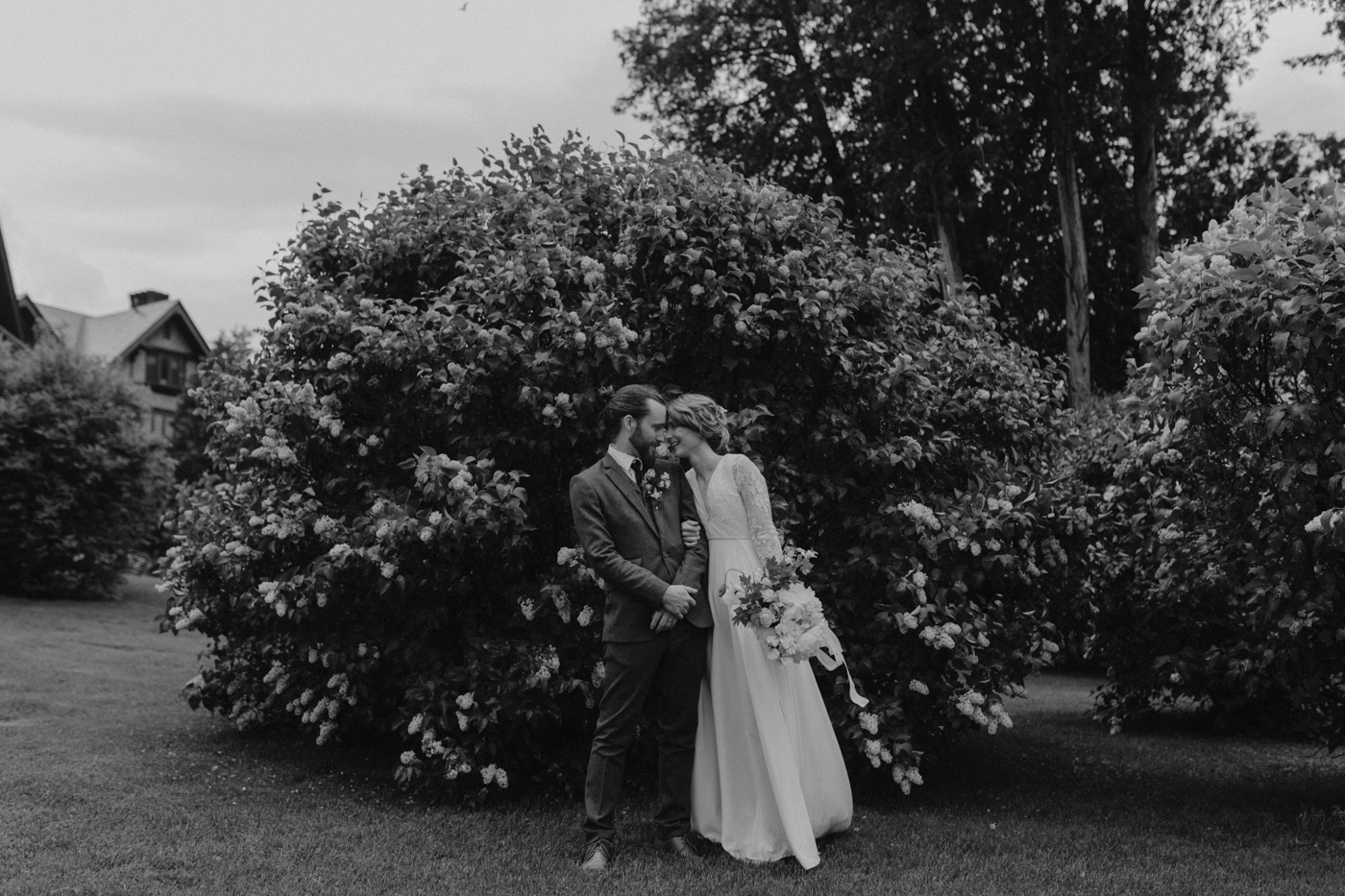 Erin-Mike-Intimate-Vintage-Wedding-Shelburne-Farms-Vermont -111.jpg