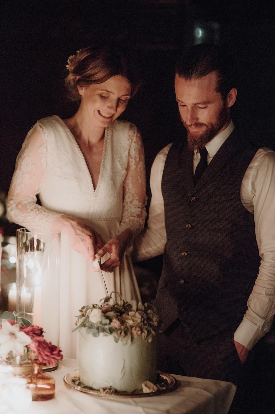 Erin-Mike-Intimate-Vintage-Wedding-Shelburne-Farms-Vermont -145.jpg