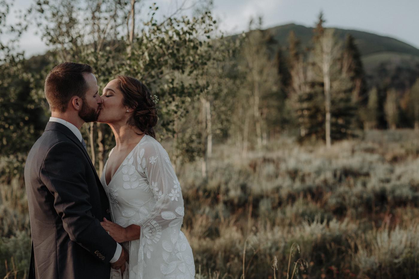 woods-walk-trail-crested-butte-colorado-wedding-127.jpg