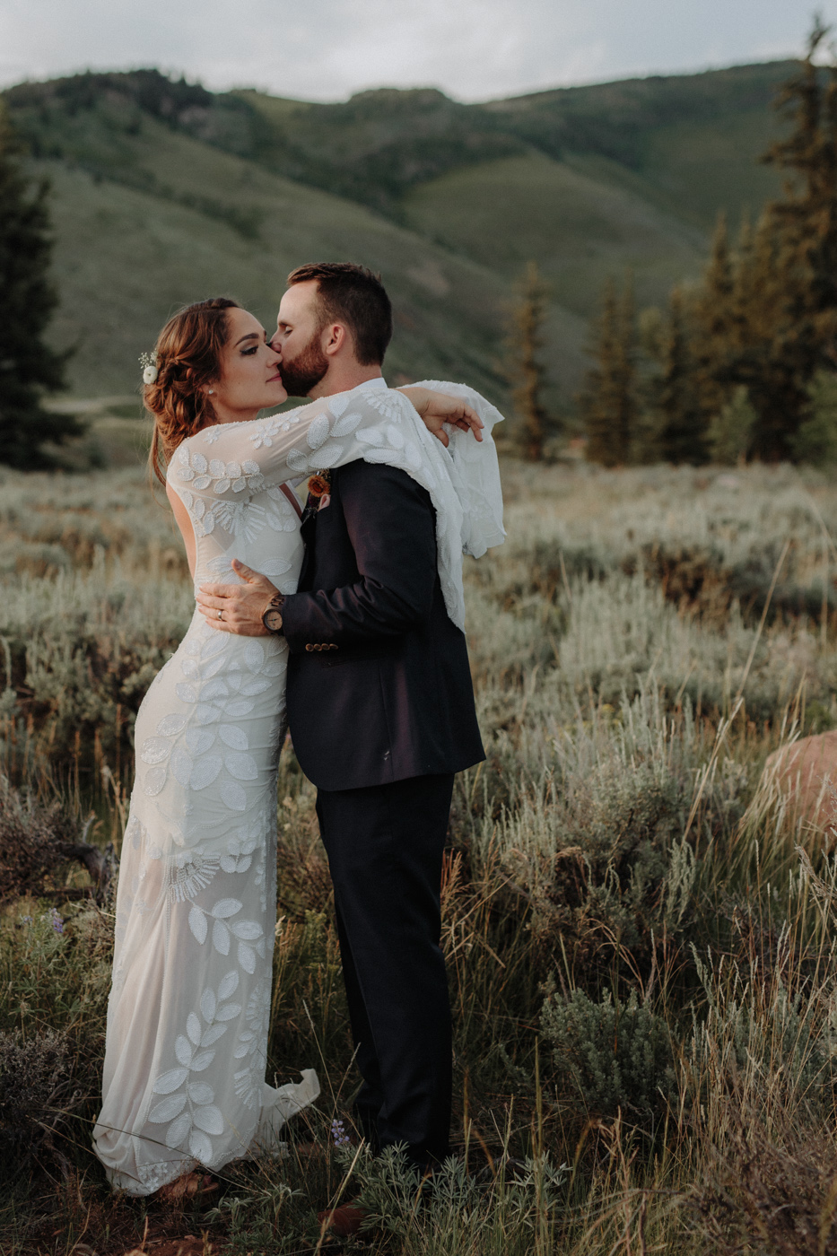 woods-walk-trail-crested-butte-colorado-wedding-130.jpg