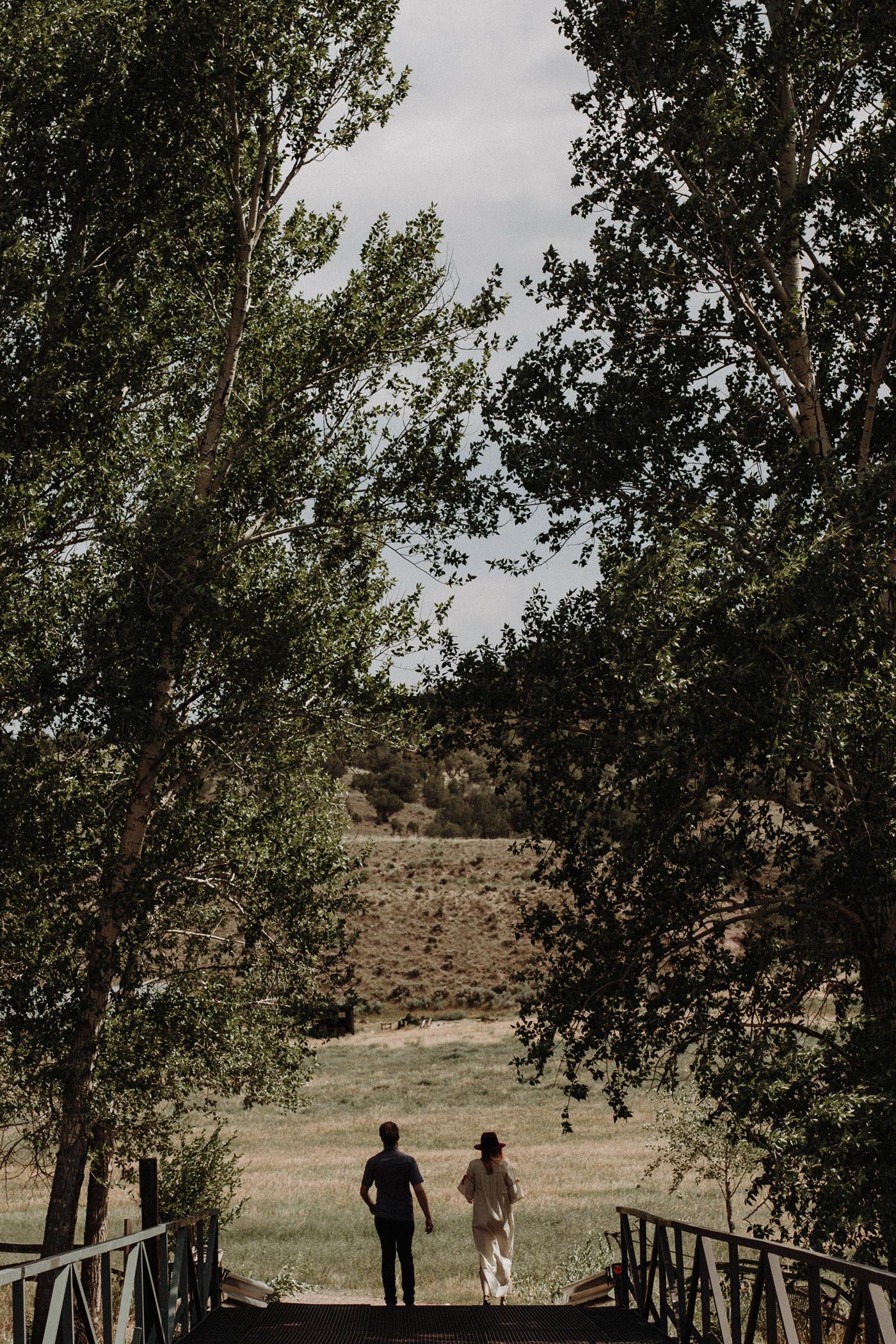 040-jones-max-colorado-ranch-engagement-photos.jpg