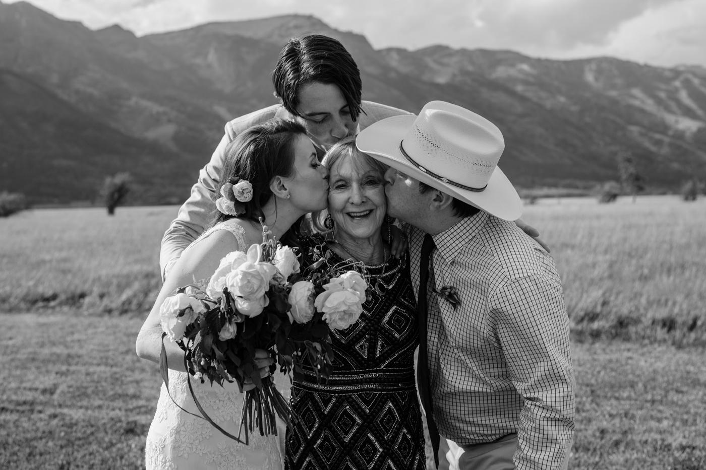 042-grand-teton-jackson-hole-wyoming-wedding.jpg