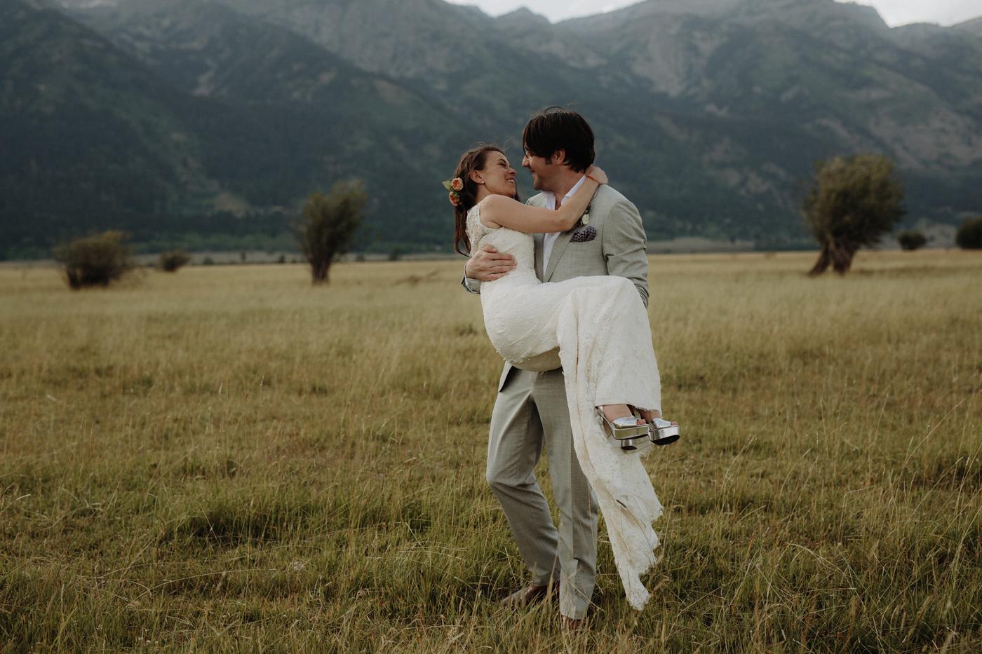 055-grand-teton-jackson-hole-wyoming-wedding.jpg