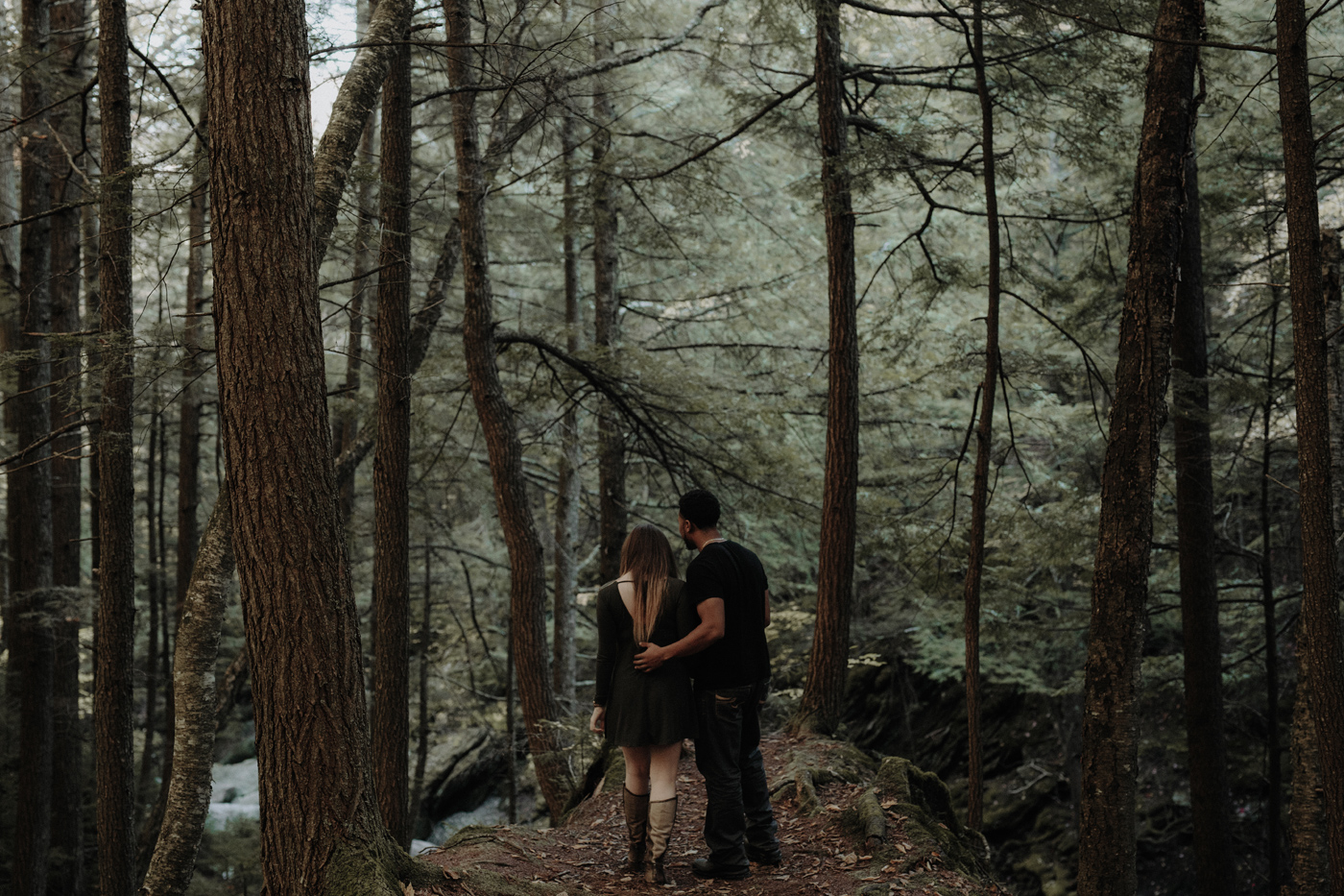 001-central-vermont-photographer-couples-sesssion-trinity-rob.jpg