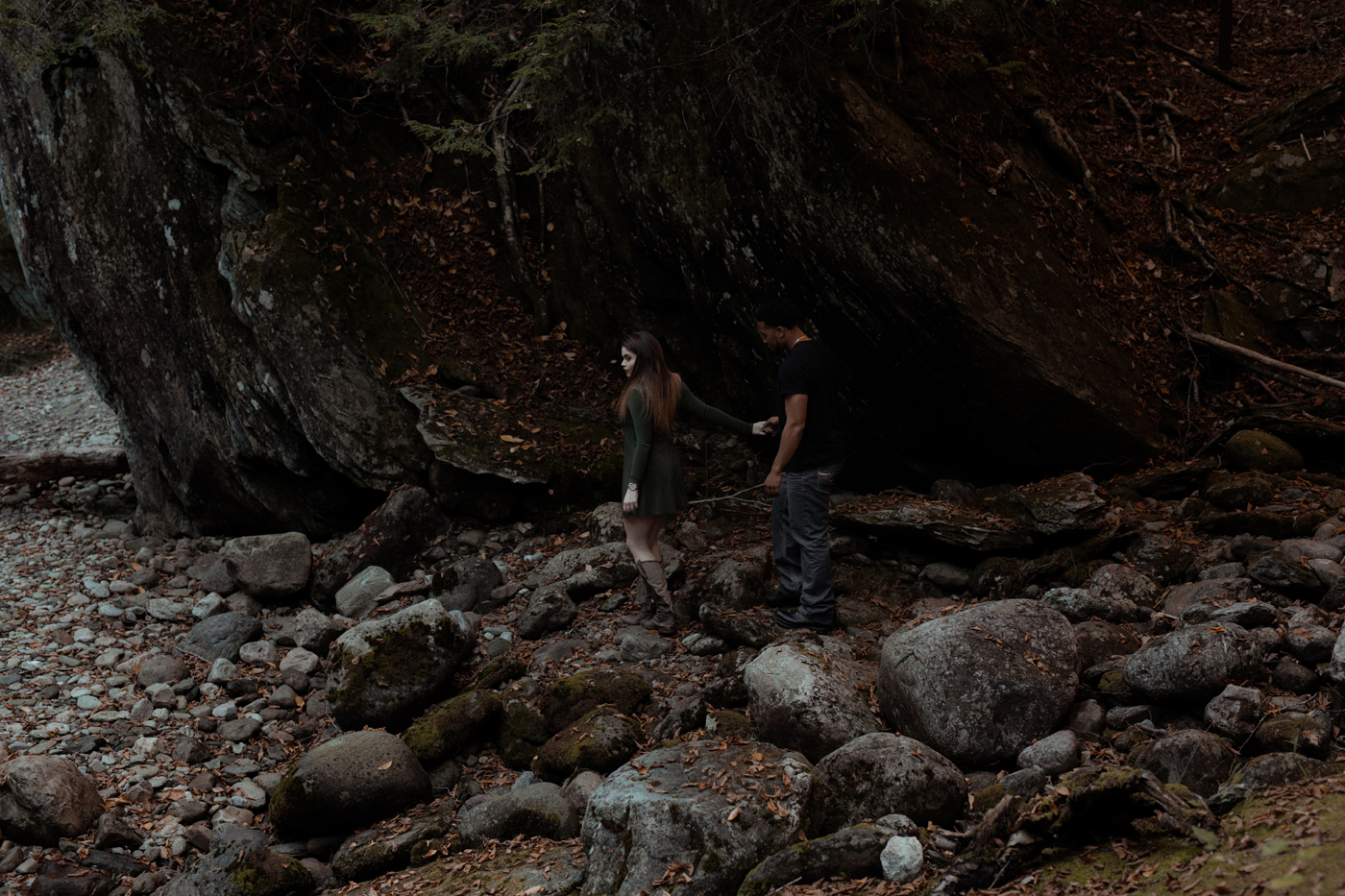 016-central-vermont-photographer-couples-sesssion-trinity-rob.jpg