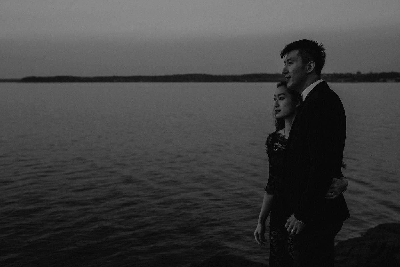 burlington-vermont-waterfront-couple-portraits-15.jpg
