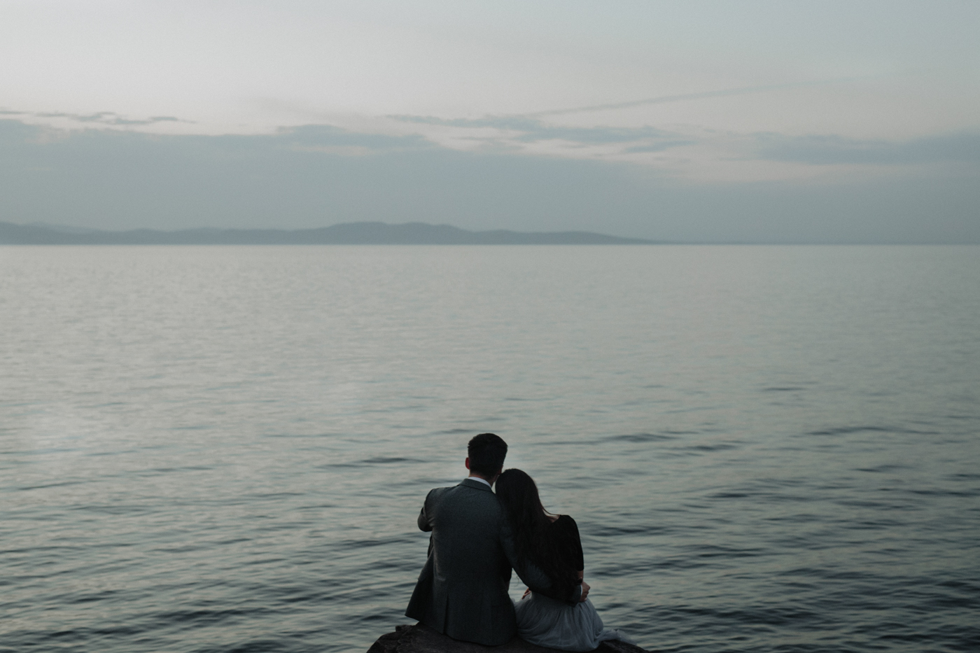 burlington-vermont-waterfront-couple-portraits-19.jpg