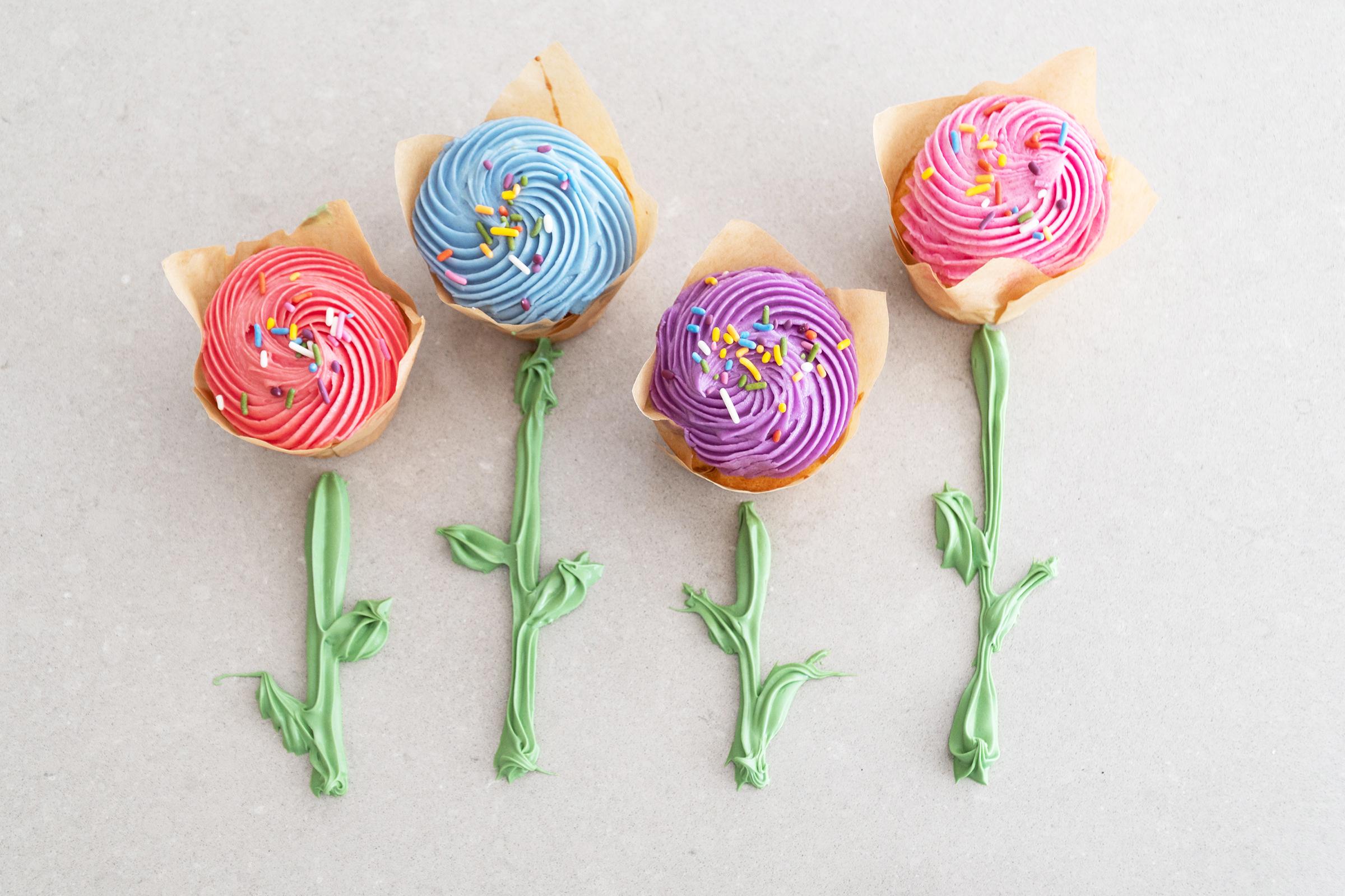 Cupcake_Flowers.jpg