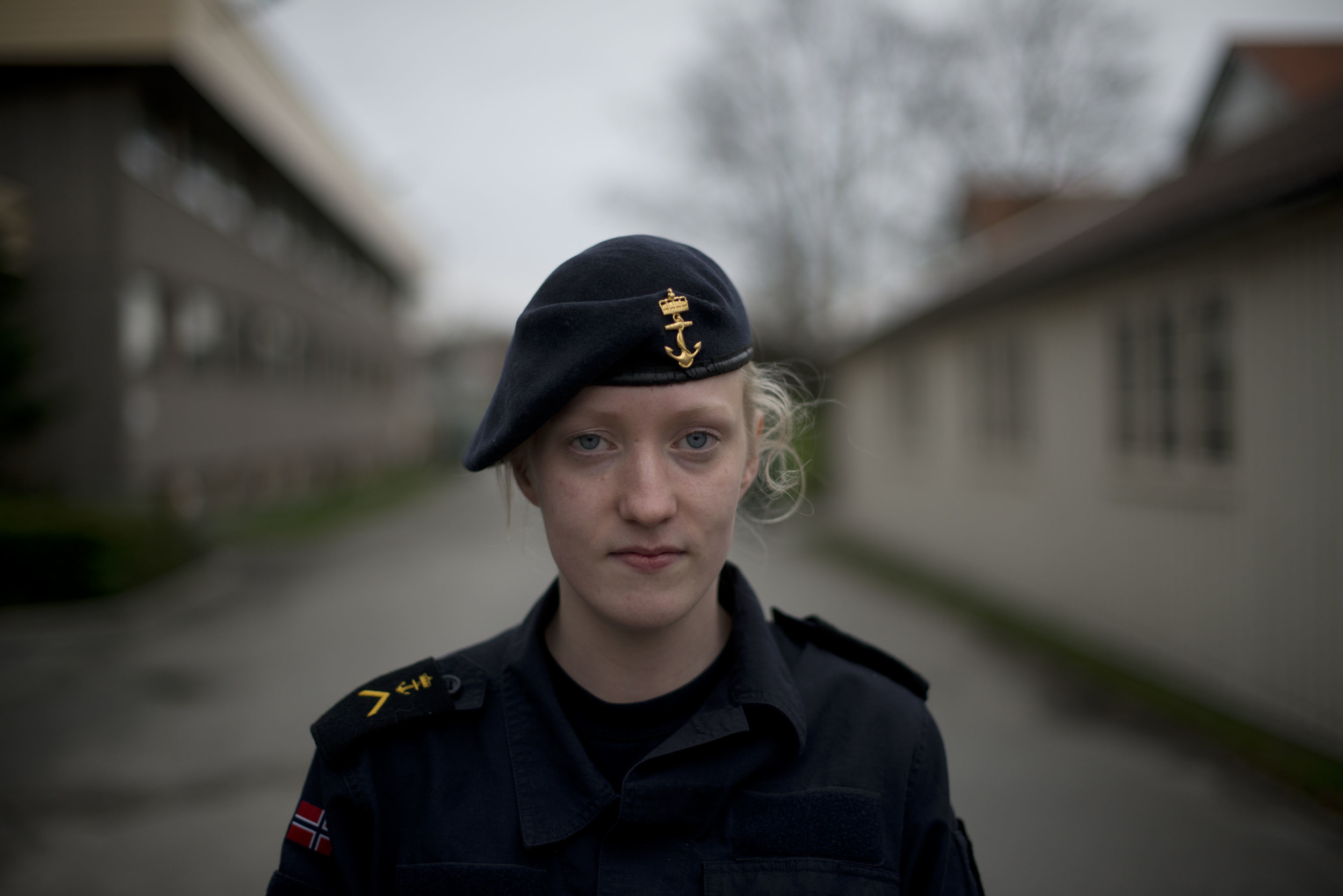 Marita Frafjord is trainee at Fokus, en education center for those conscripted for military service, and people working for the Norwegian Armed Forces. She has to wear uniform at work, has a room in the camp. In the weekends, she drives home to the farm.
