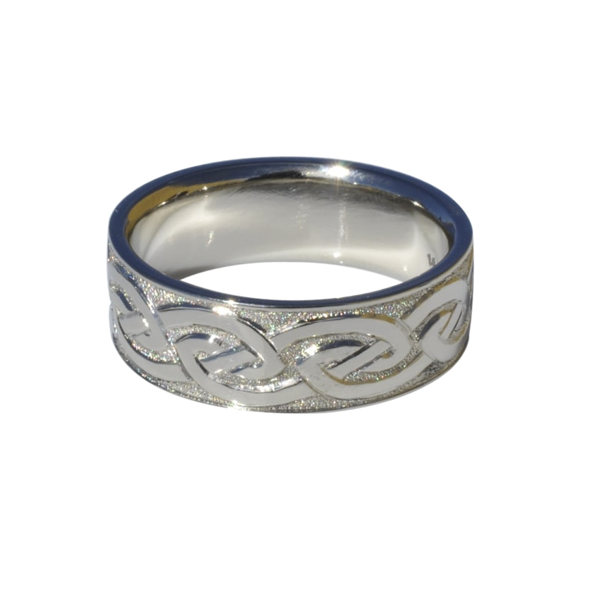 Hand Engraved Celtic Knot Band