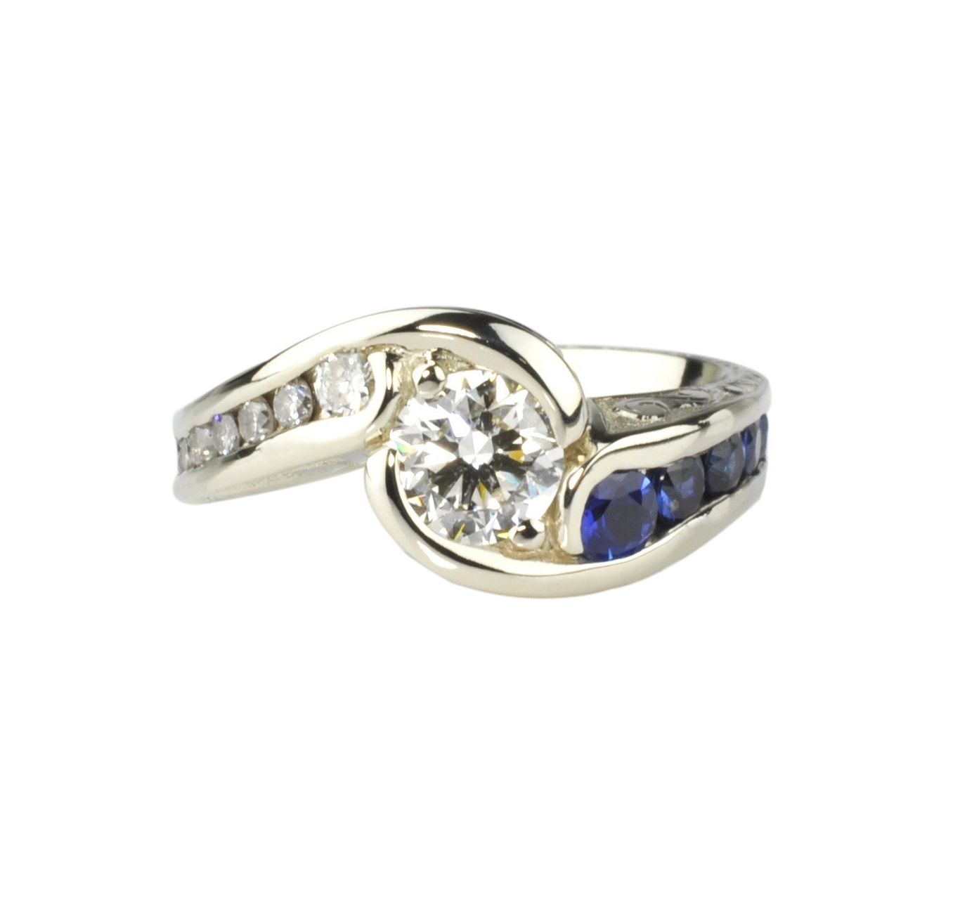 14k White Gold Ring with .90ct Round Brilliant Center